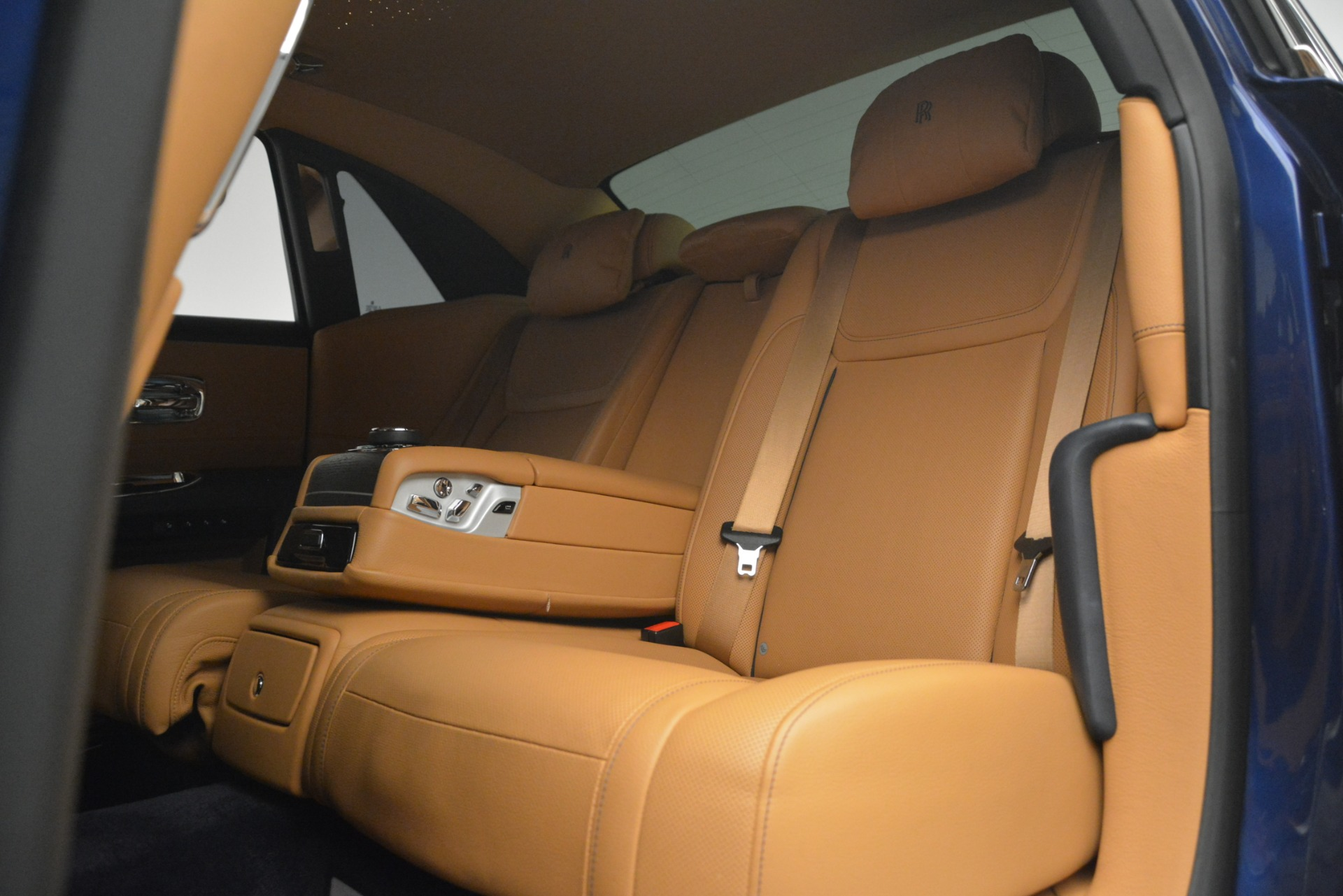 Used 2016 Rolls-Royce Ghost  For Sale In Greenwich, CT. Alfa Romeo of Greenwich, 7521 3050_p21