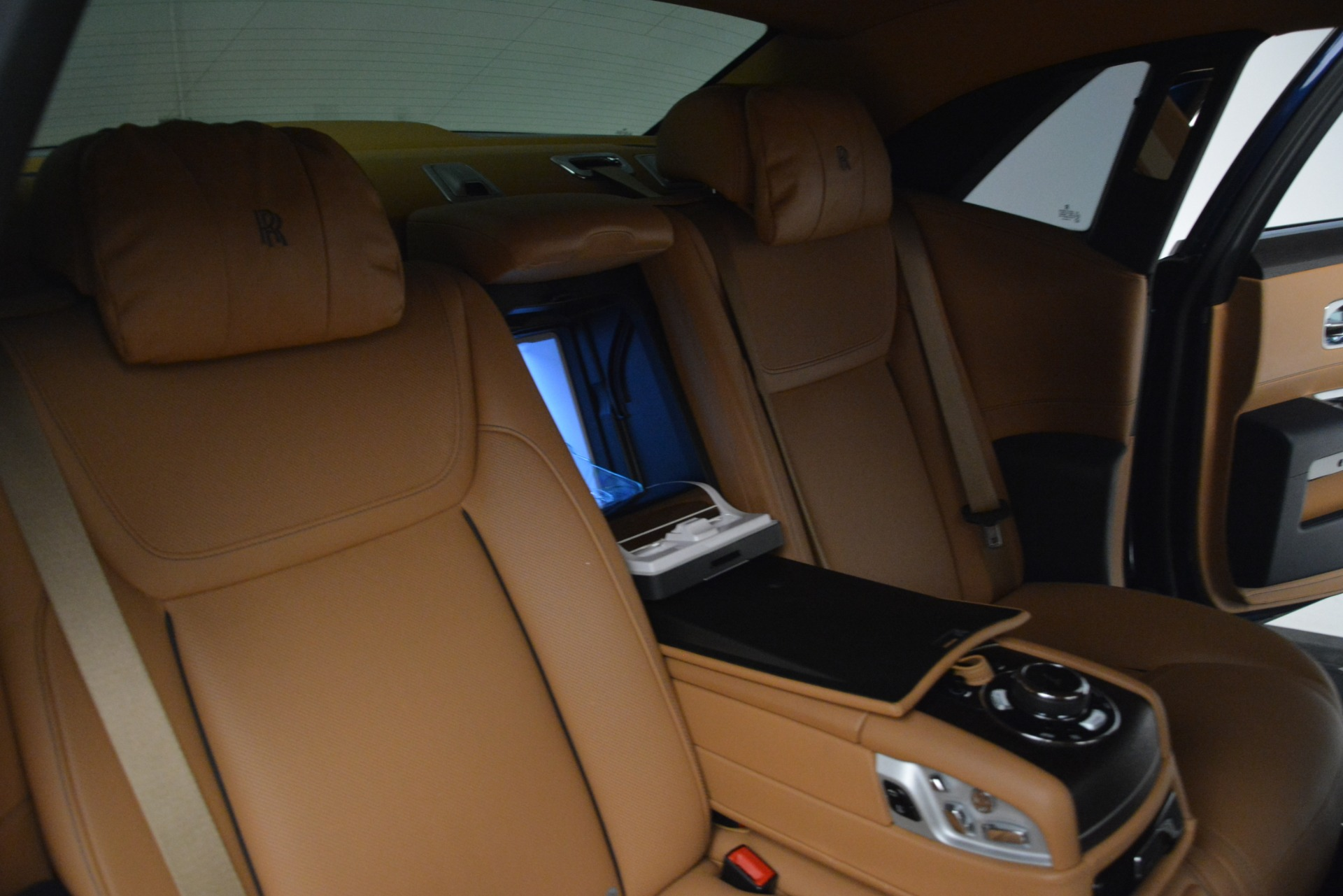 Used 2016 Rolls-Royce Ghost  For Sale In Greenwich, CT. Alfa Romeo of Greenwich, 7521 3050_p25