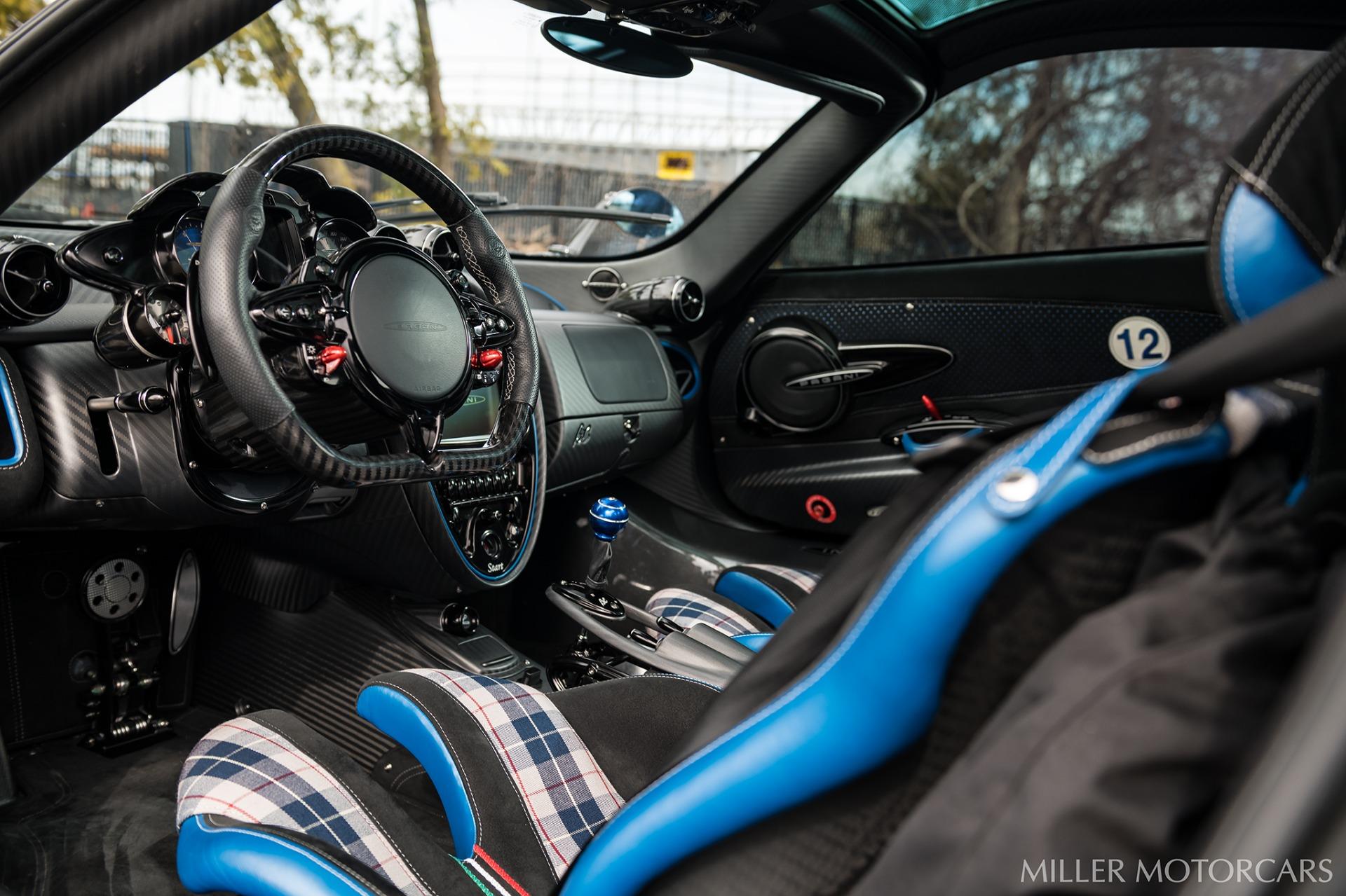 Used 2017 Pagani Huayra BC Macchina Volante For Sale In Greenwich, CT. Alfa Romeo of Greenwich, P34C 3051_p34