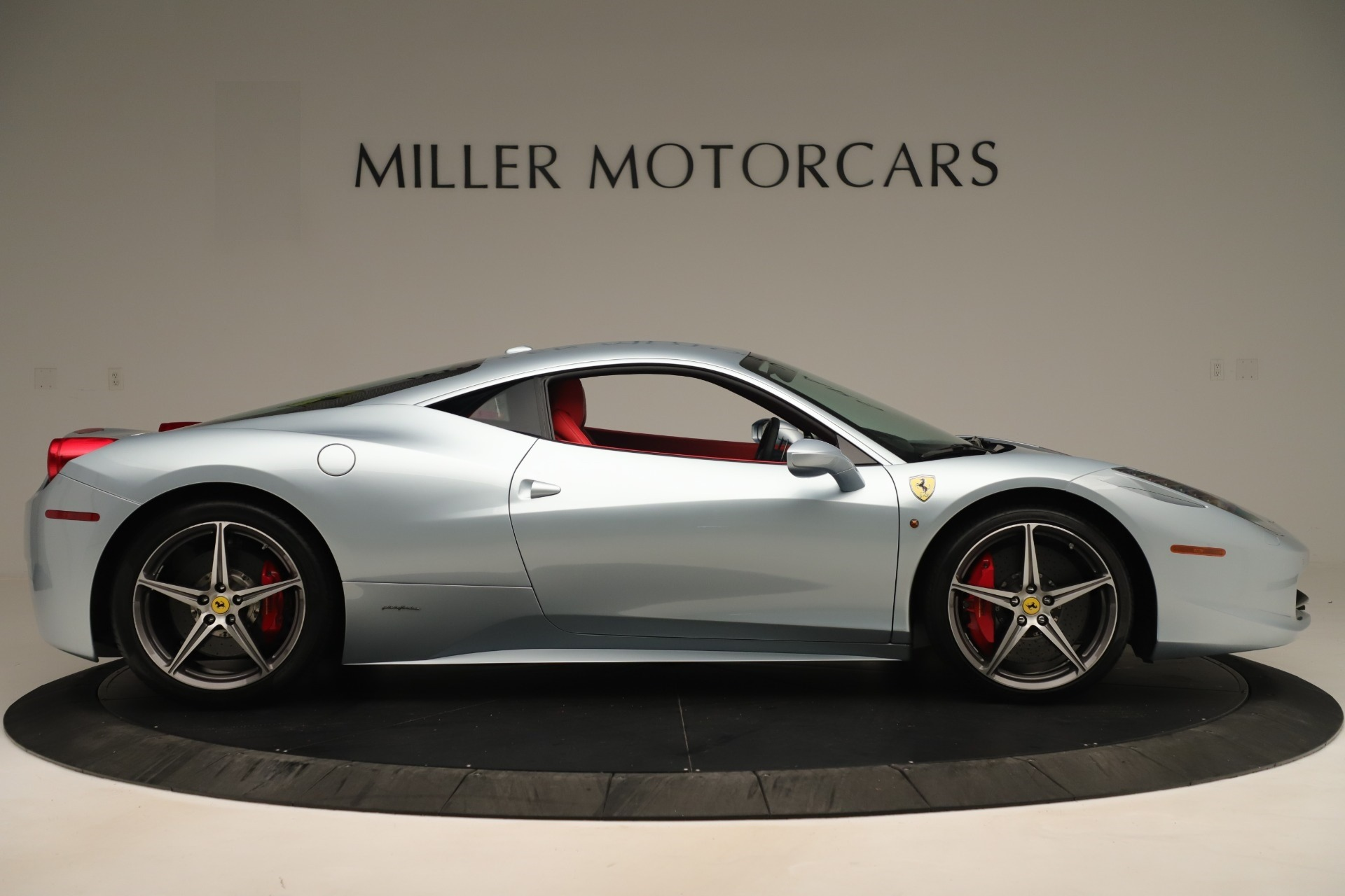 Used 2015 Ferrari 458 Italia  For Sale In Greenwich, CT. Alfa Romeo of Greenwich, 4548 3052_p9
