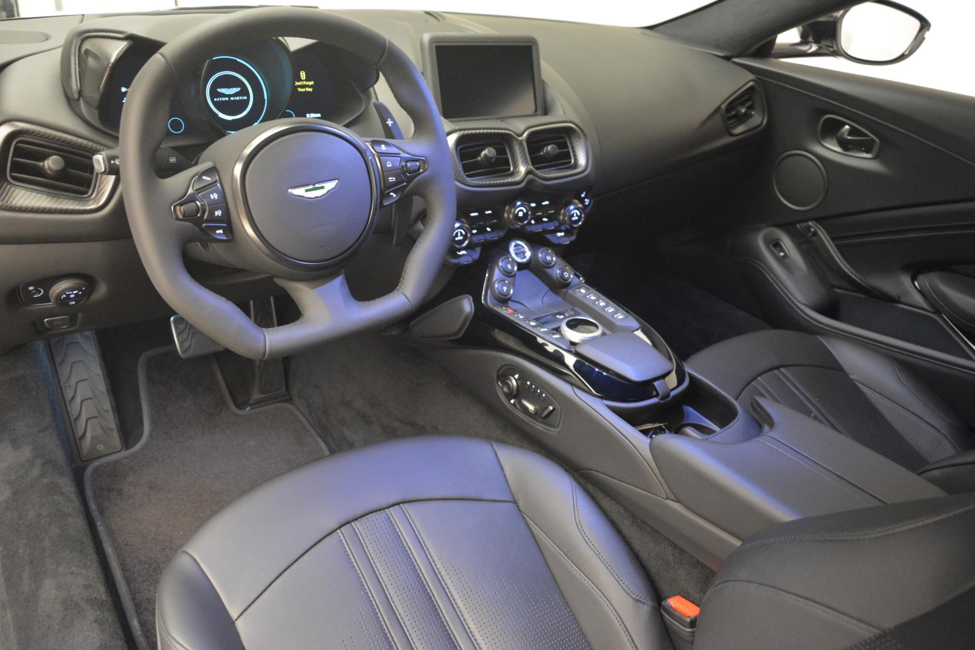 New 2019 Aston Martin Vantage Coupe For Sale In Greenwich, CT. Alfa Romeo of Greenwich, A1362 3053_p15