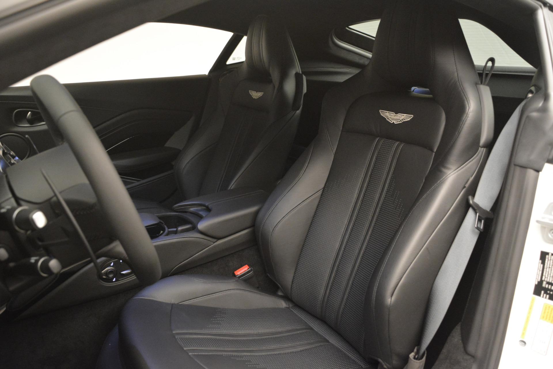 New 2019 Aston Martin Vantage Coupe For Sale In Greenwich, CT. Alfa Romeo of Greenwich, A1362 3053_p16