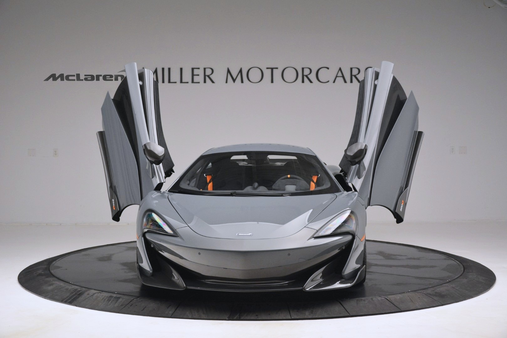 New 2019 McLaren 600LT Coupe For Sale In Greenwich, CT. Alfa Romeo of Greenwich, MC413 3055_p13