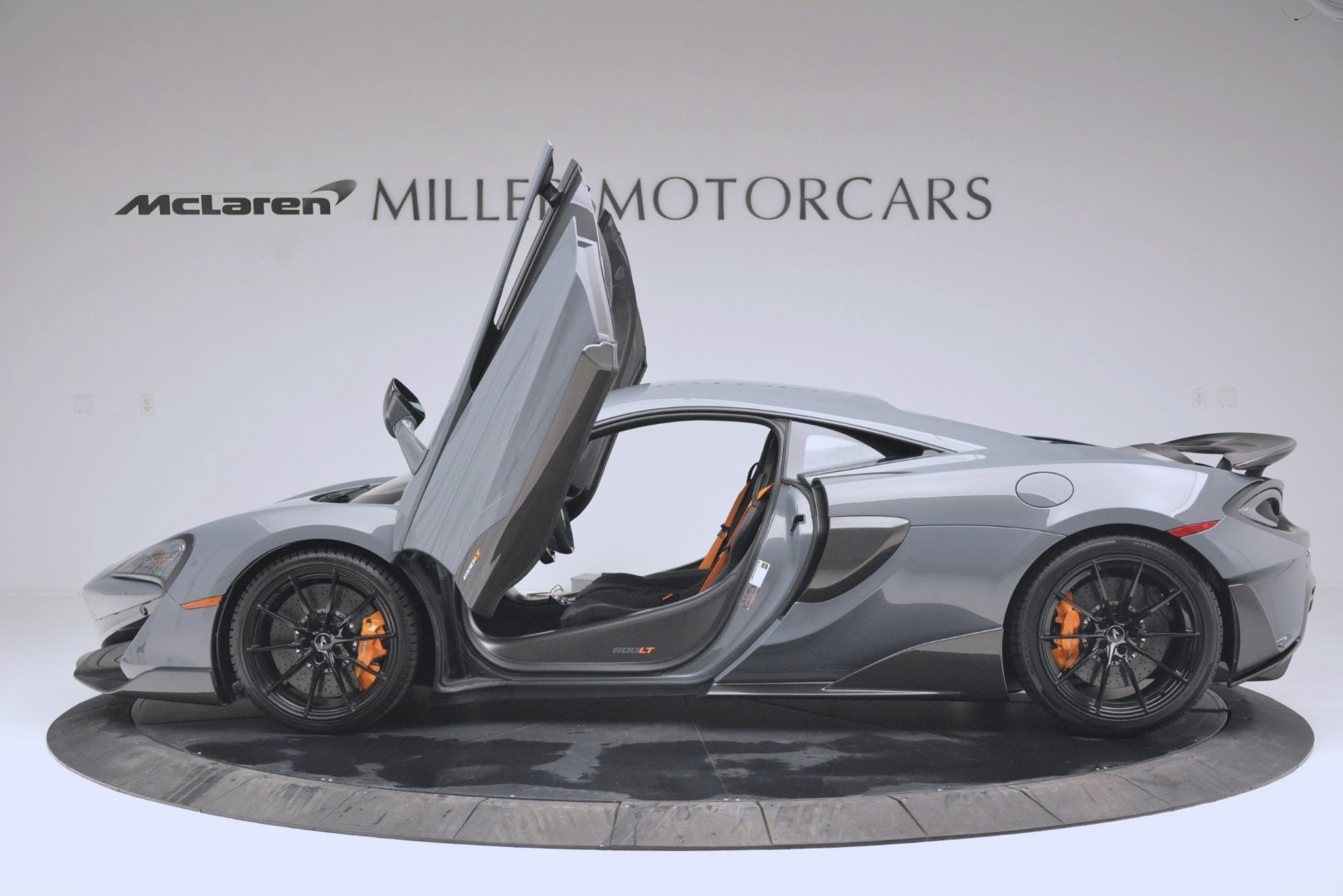New 2019 McLaren 600LT Coupe For Sale In Greenwich, CT. Alfa Romeo of Greenwich, MC413 3055_p15