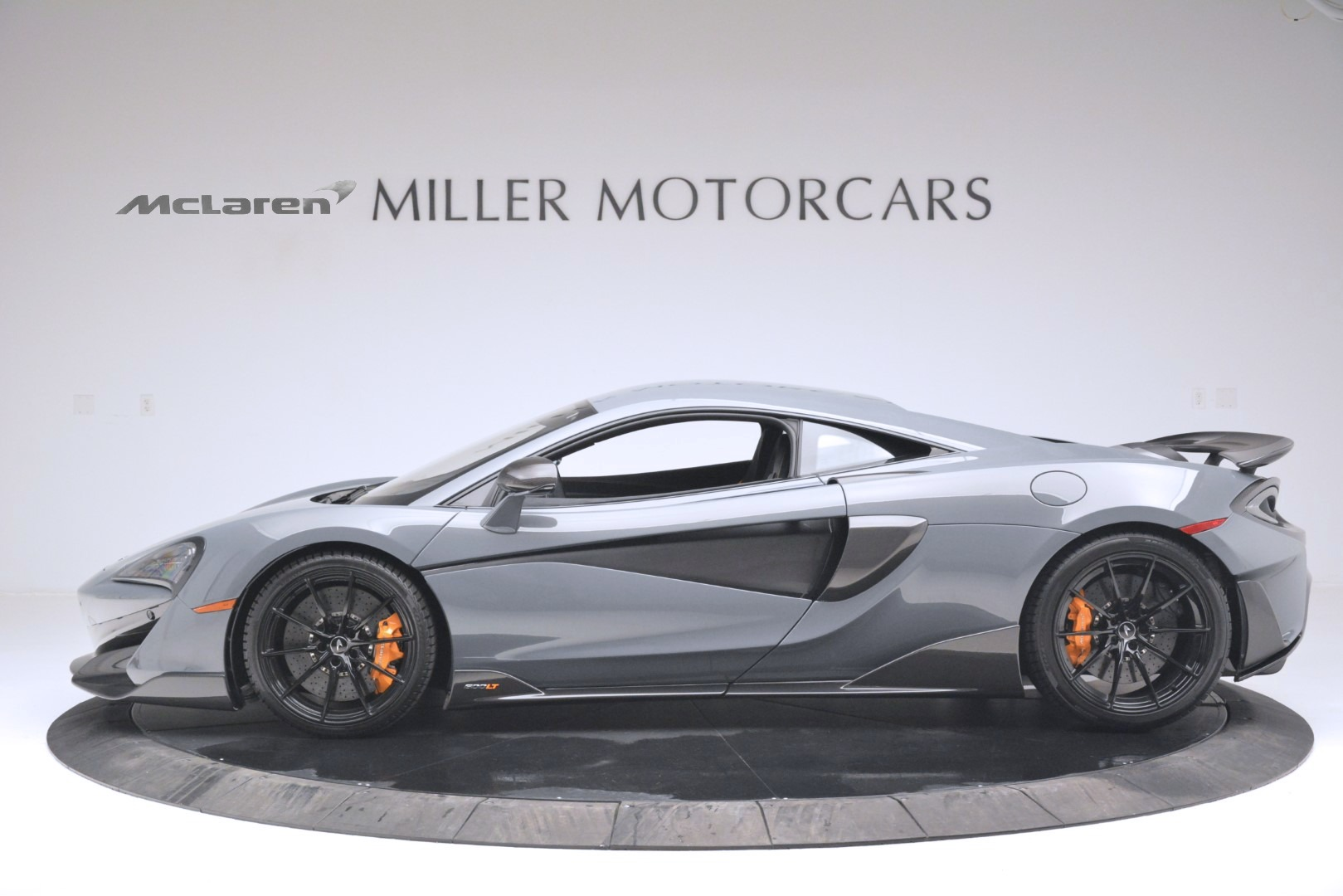 New 2019 McLaren 600LT Coupe For Sale In Greenwich, CT. Alfa Romeo of Greenwich, MC413 3055_p3