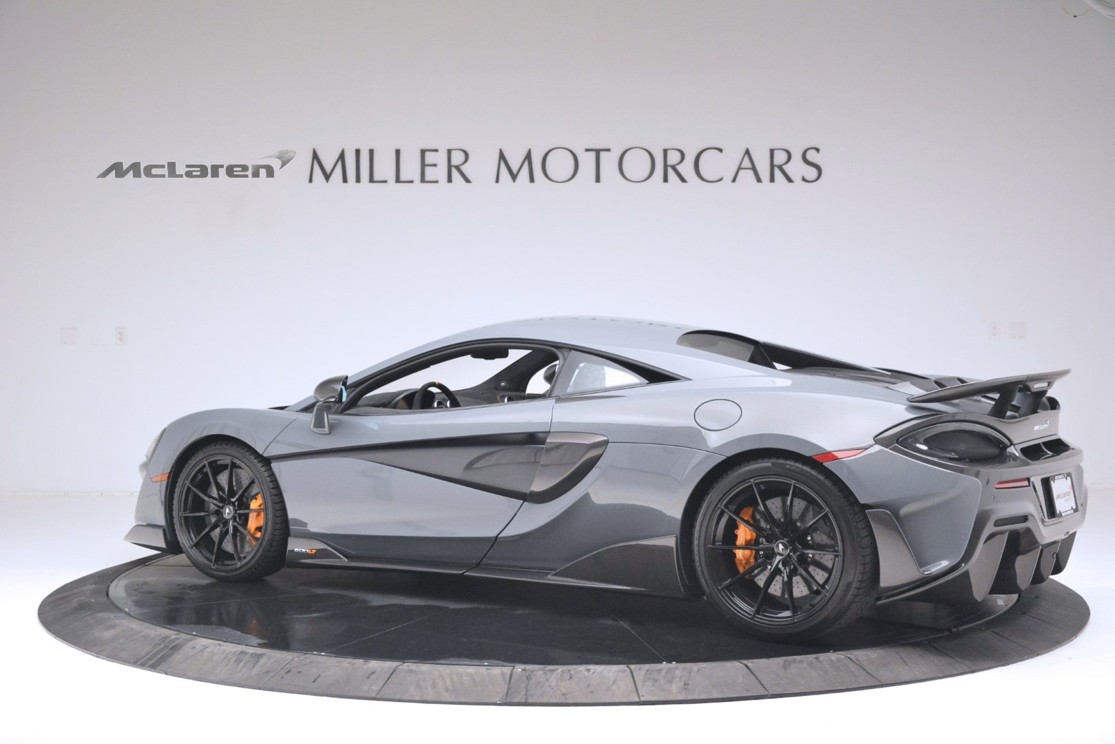 New 2019 McLaren 600LT Coupe For Sale In Greenwich, CT. Alfa Romeo of Greenwich, MC413 3055_p4