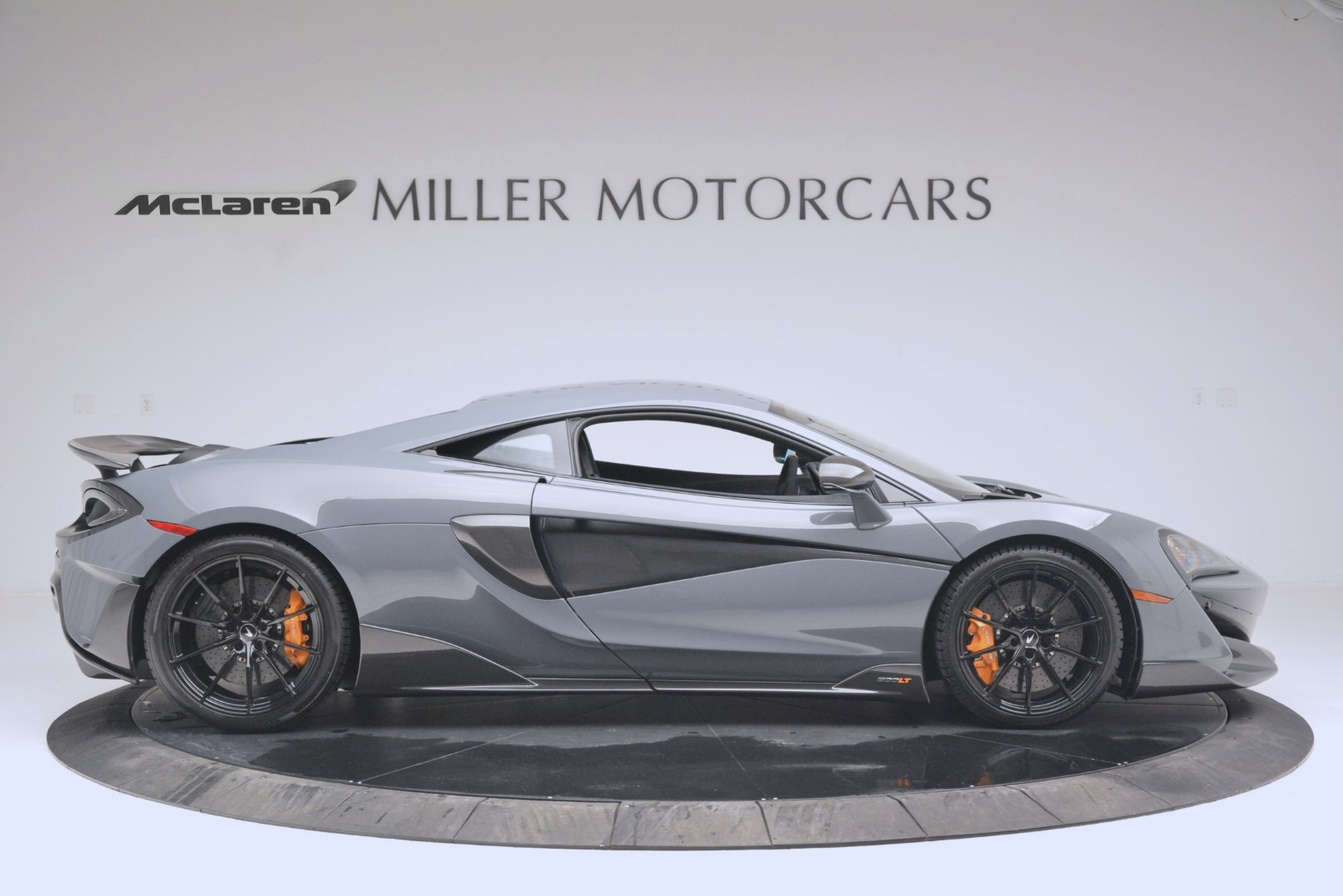 New 2019 McLaren 600LT Coupe For Sale In Greenwich, CT. Alfa Romeo of Greenwich, MC413 3055_p9