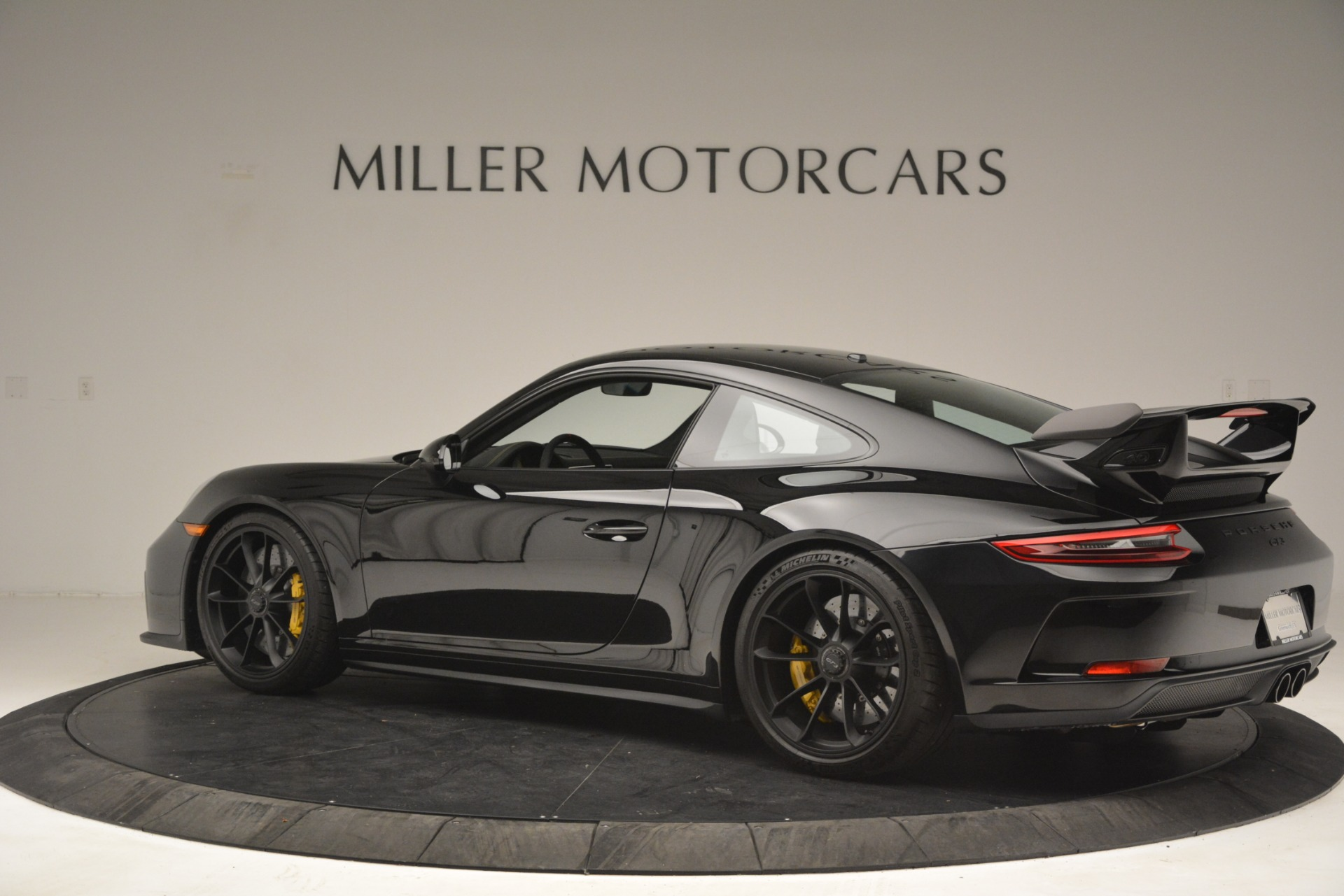 Used 2018 Porsche 911 GT3 For Sale $189900 In Greenwich, CT 3056_p3