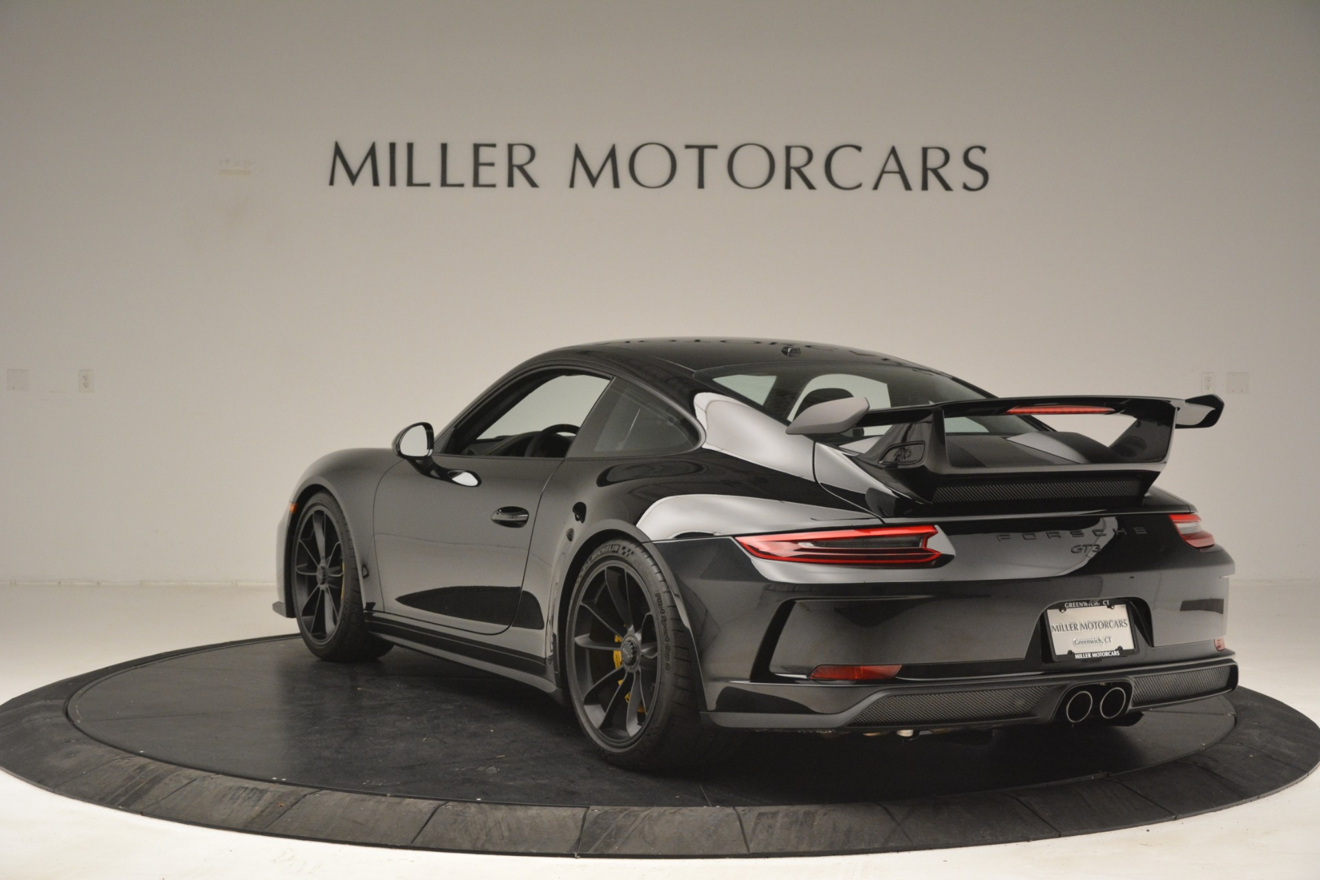 Used 2018 Porsche 911 GT3 For Sale $189900 In Greenwich, CT 3056_p4