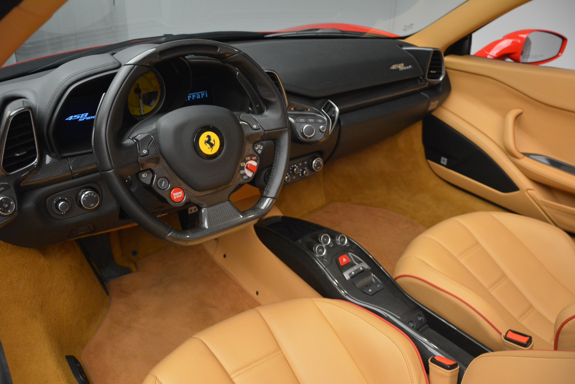 Used 2013 Ferrari 458 Spider  For Sale In Greenwich, CT. Alfa Romeo of Greenwich, F1891A 3057_p29