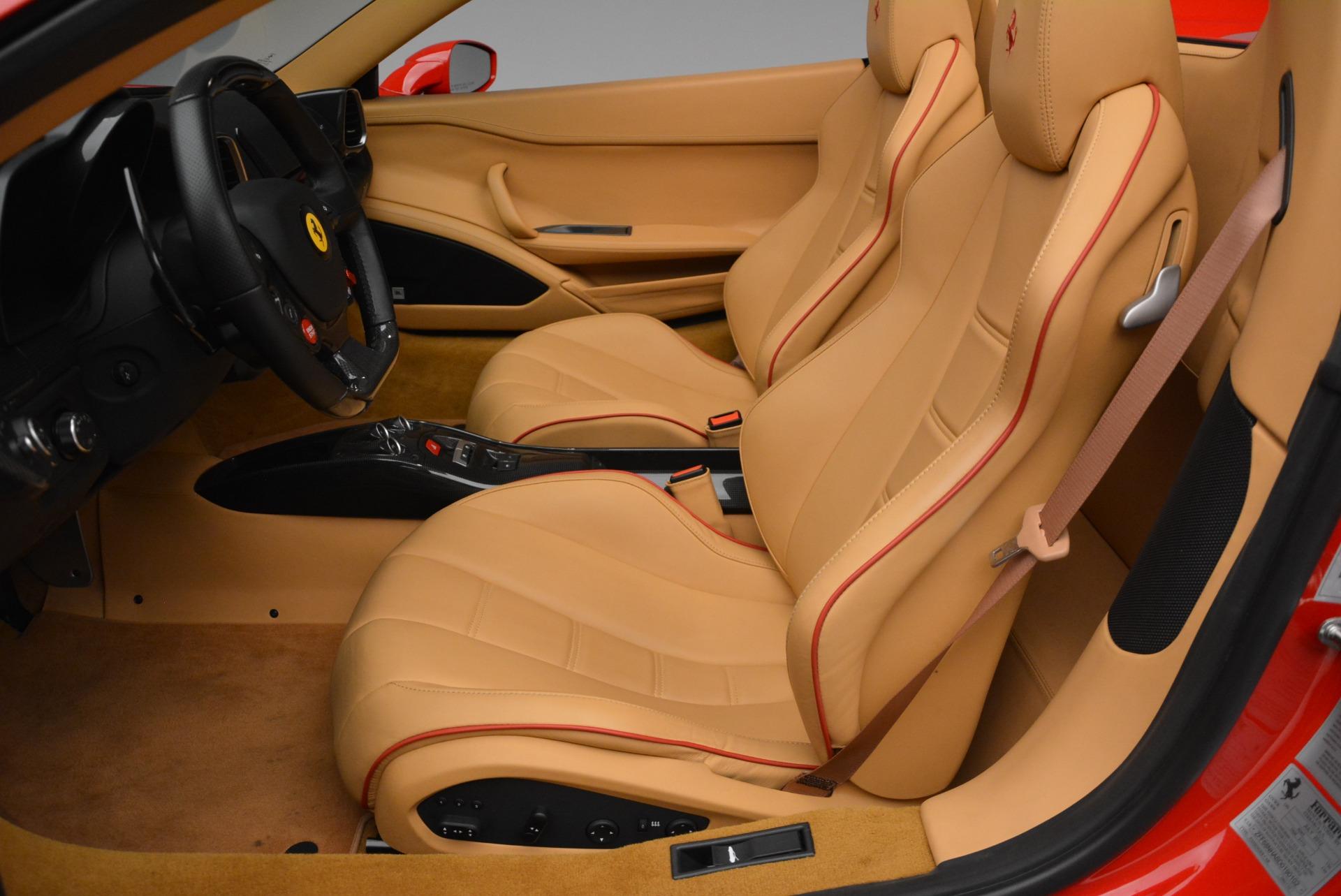 Used 2013 Ferrari 458 Spider  For Sale In Greenwich, CT. Alfa Romeo of Greenwich, F1891A 3057_p30