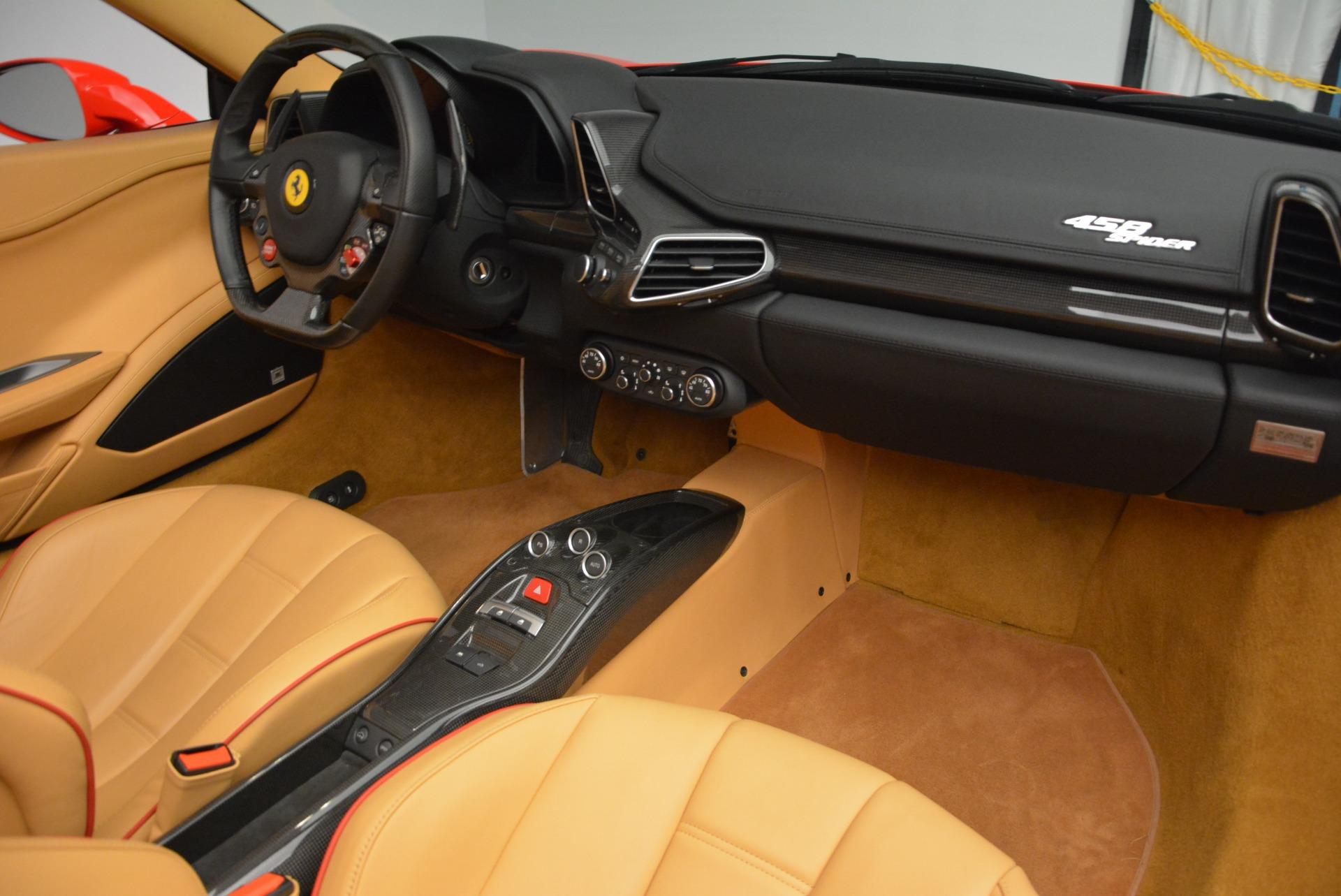Used 2013 Ferrari 458 Spider  For Sale In Greenwich, CT. Alfa Romeo of Greenwich, F1891A 3057_p33