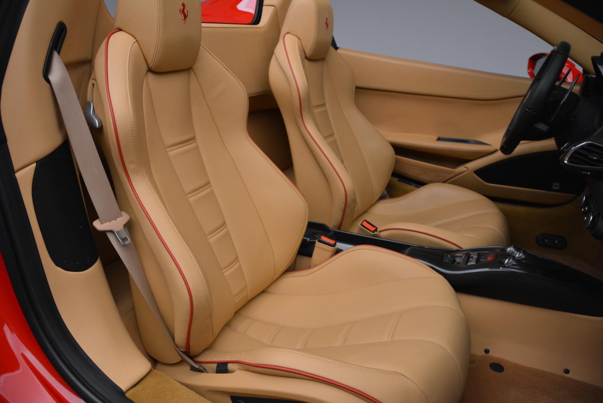 Used 2013 Ferrari 458 Spider  For Sale In Greenwich, CT. Alfa Romeo of Greenwich, F1891A 3057_p35
