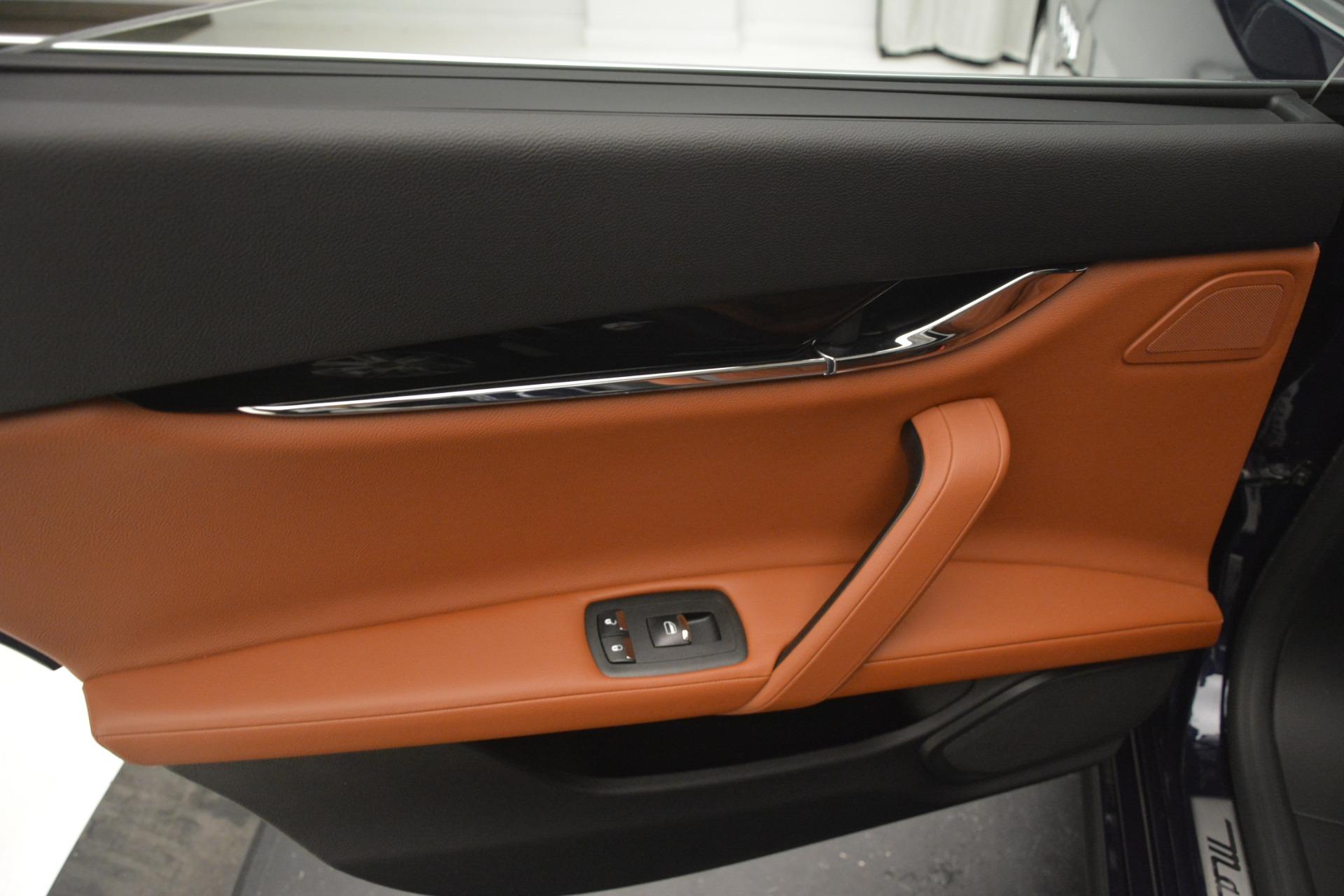Used 2015 Maserati Quattroporte S Q4 For Sale In Greenwich, CT. Alfa Romeo of Greenwich, U103 3058_p20