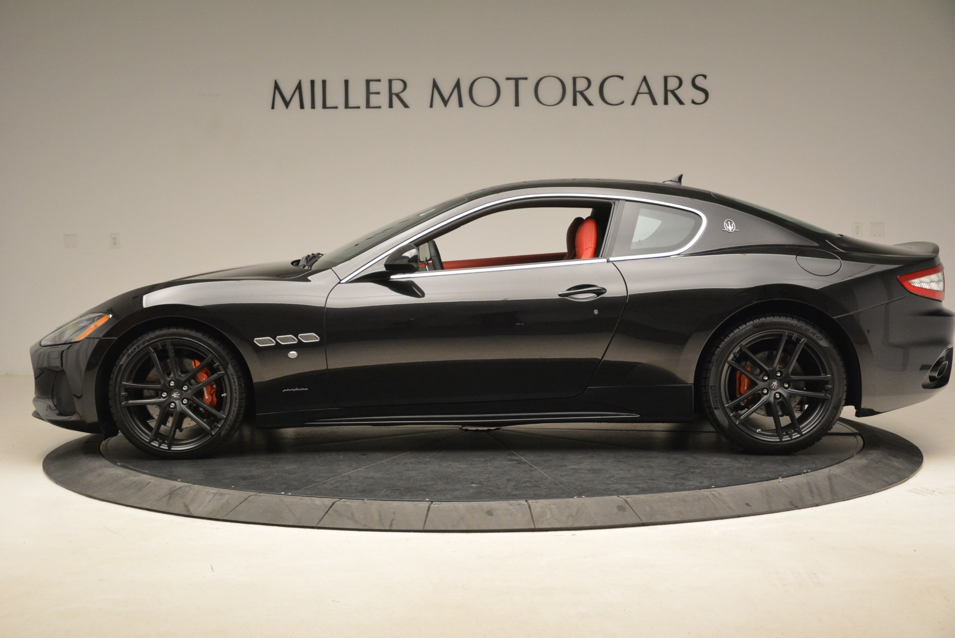 New 2018 Maserati GranTurismo Sport For Sale In Greenwich, CT. Alfa Romeo of Greenwich, M2284 3059_p2