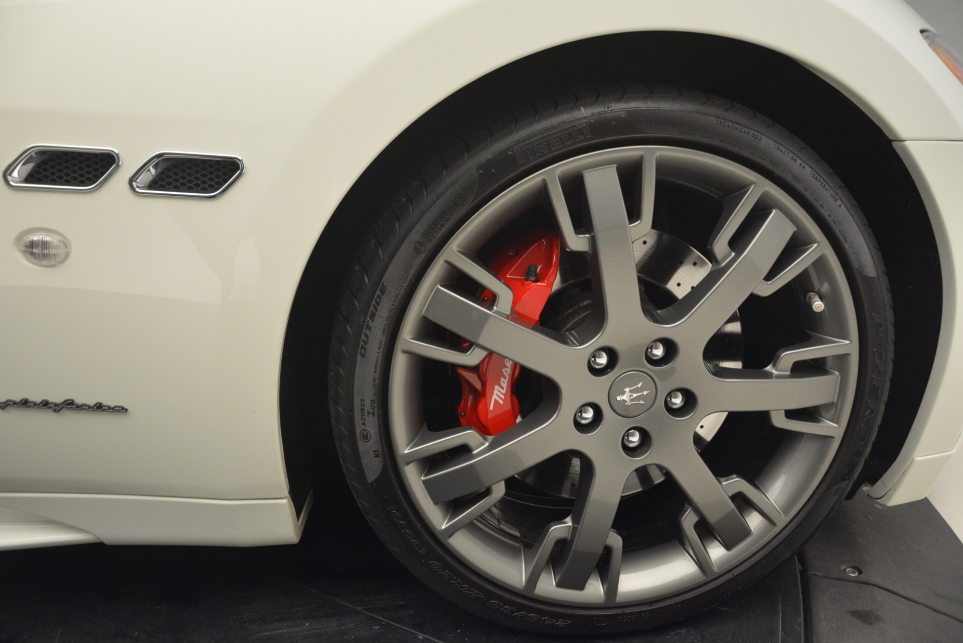Used 2011 Maserati GranTurismo S Automatic For Sale $49900 In Greenwich, CT 3061_p25