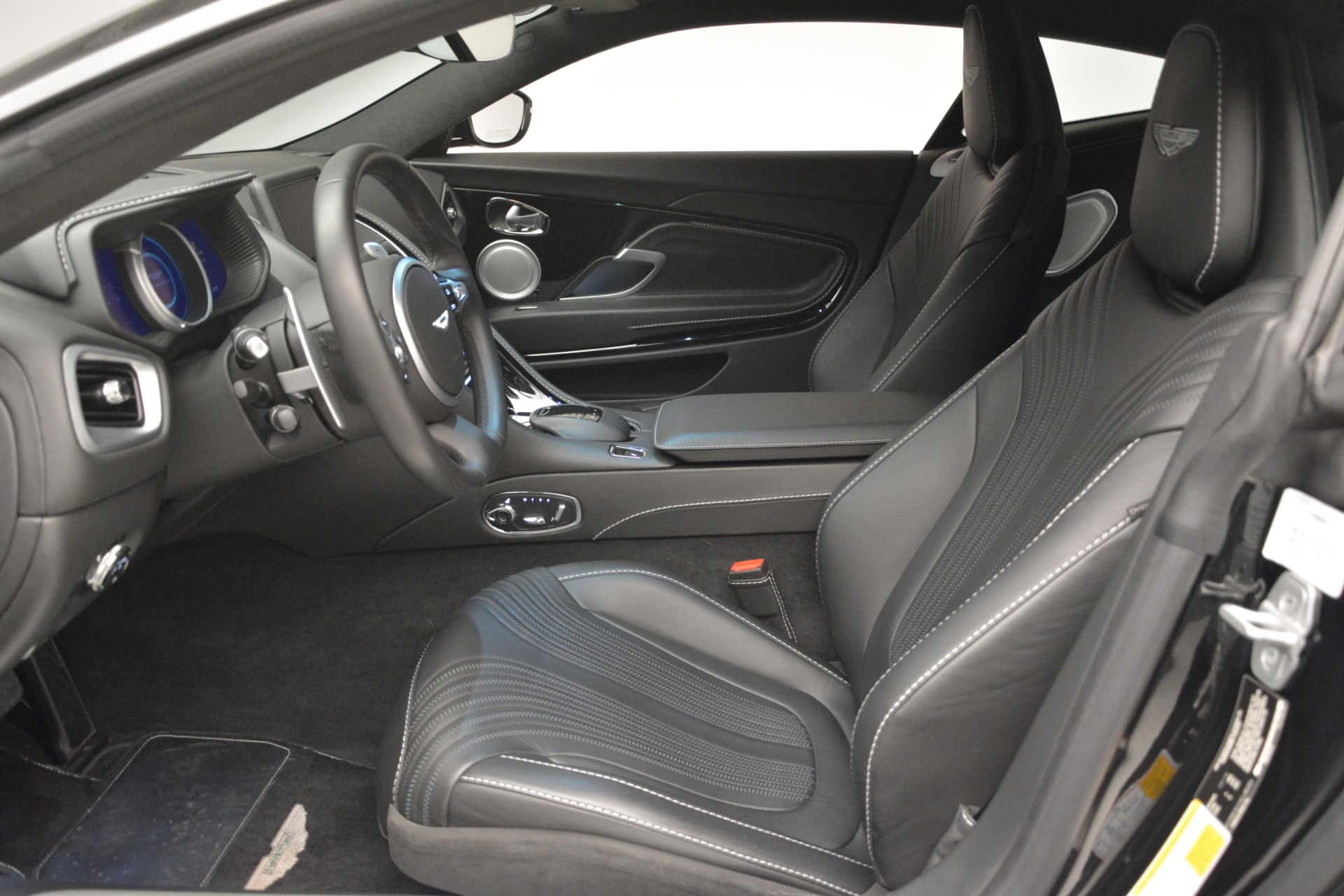 Used 2017 Aston Martin DB11 V12 Coupe For Sale In Greenwich, CT. Alfa Romeo of Greenwich, F1904A 3064_p13