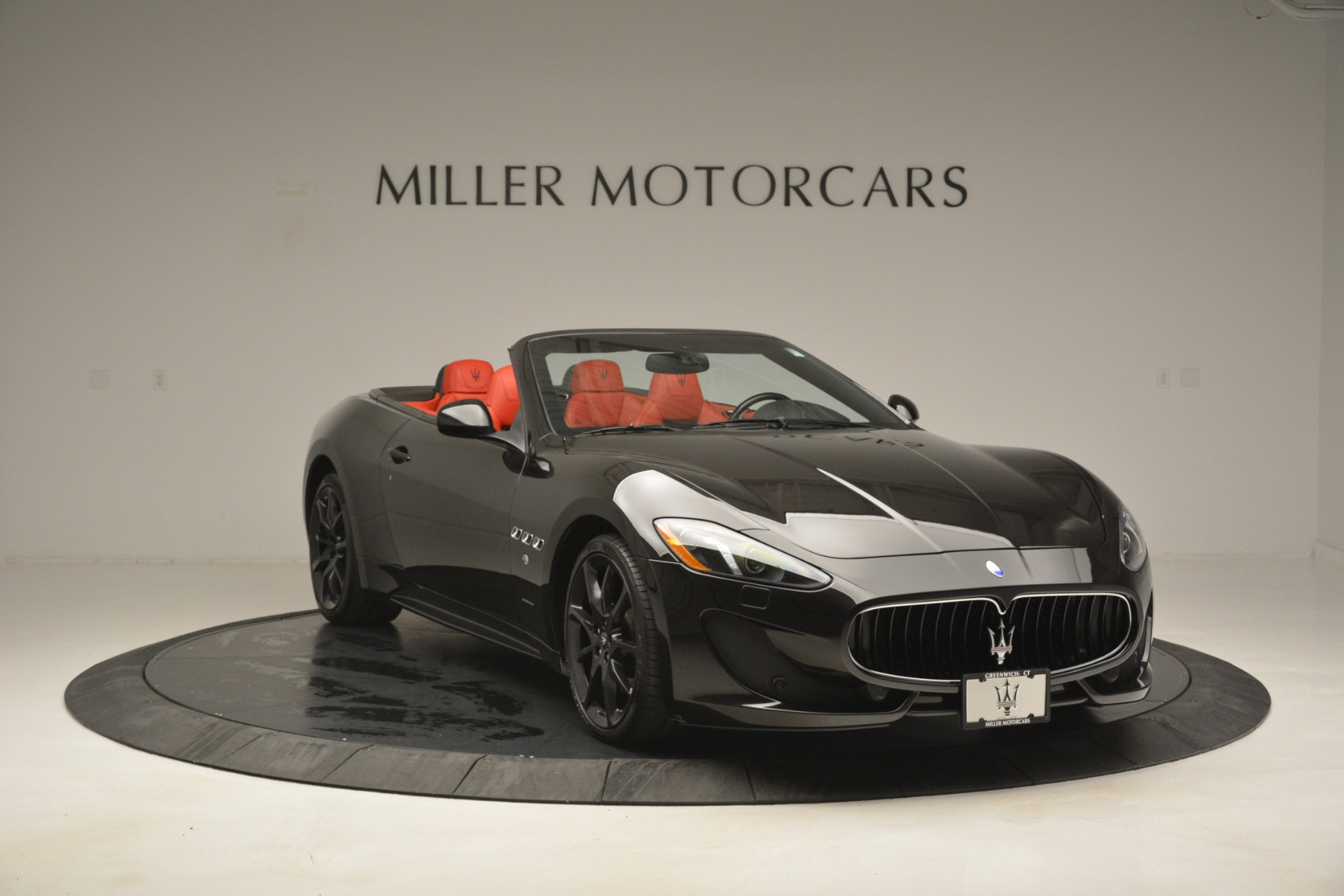 Used 2014 Maserati GranTurismo Sport For Sale In Greenwich, CT. Alfa Romeo of Greenwich, A1258A 3066_p12