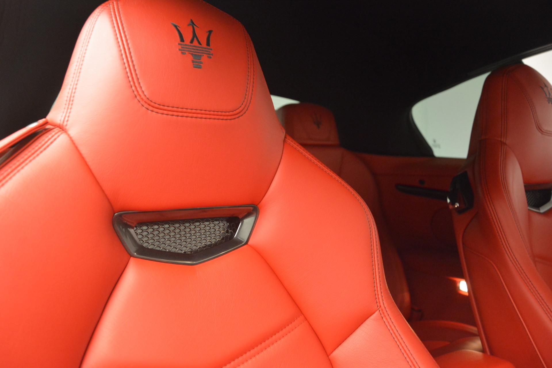 Used 2014 Maserati GranTurismo Sport For Sale In Greenwich, CT. Alfa Romeo of Greenwich, A1258A 3066_p25