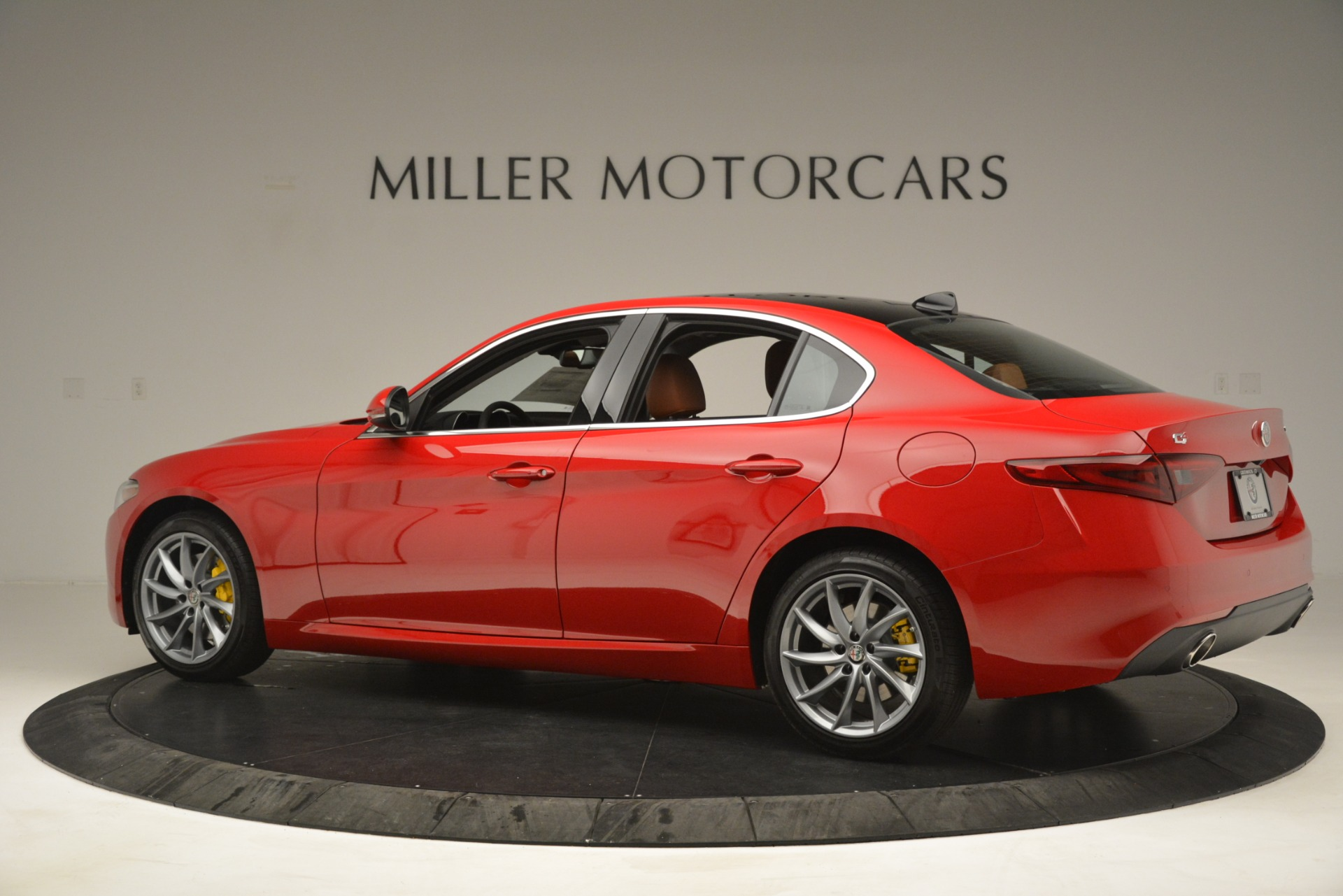 New 2019 Alfa Romeo Giulia Q4 For Sale In Greenwich, CT. Alfa Romeo of Greenwich, L601 3070_p4