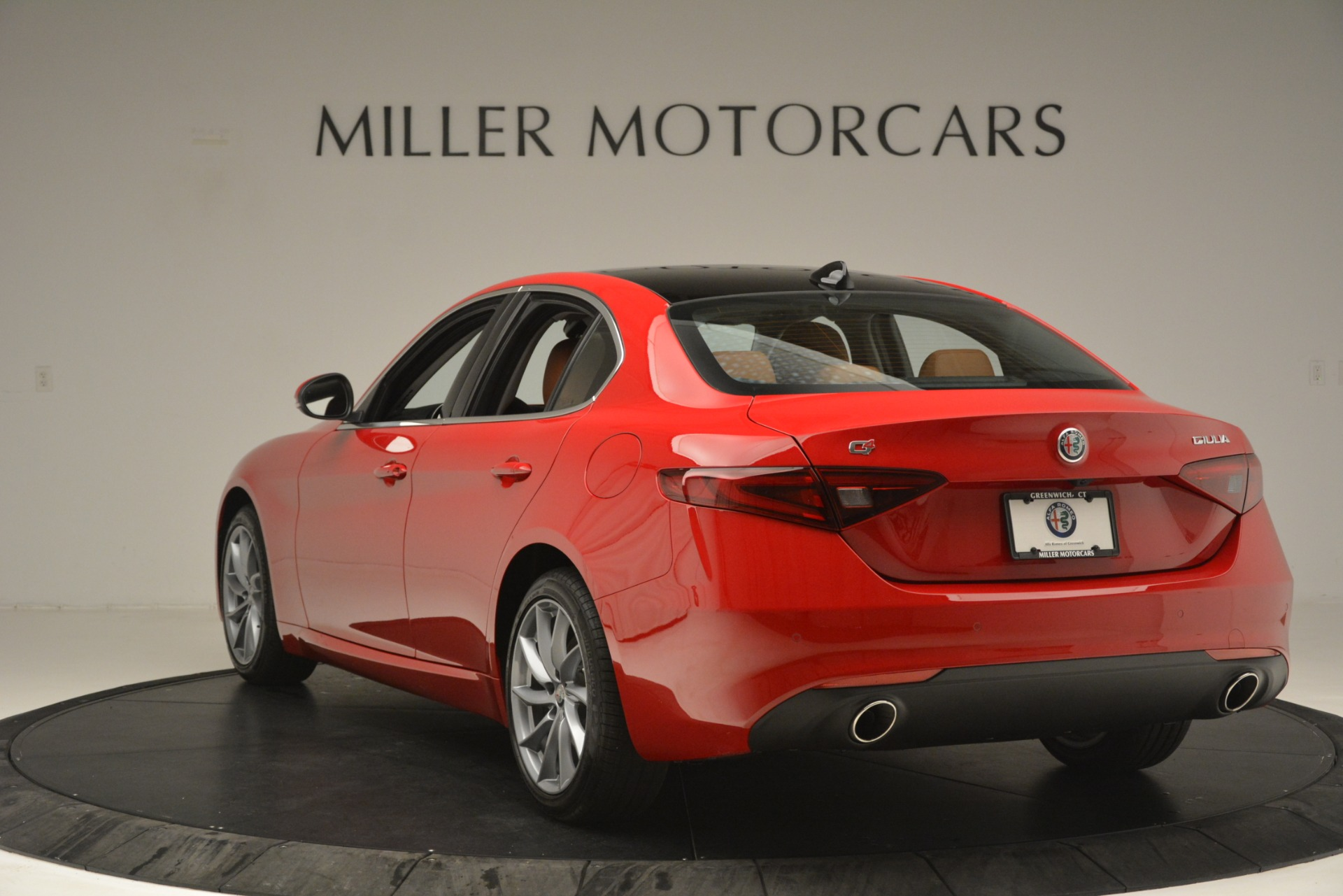 New 2019 Alfa Romeo Giulia Q4 For Sale In Greenwich, CT. Alfa Romeo of Greenwich, L601 3070_p5