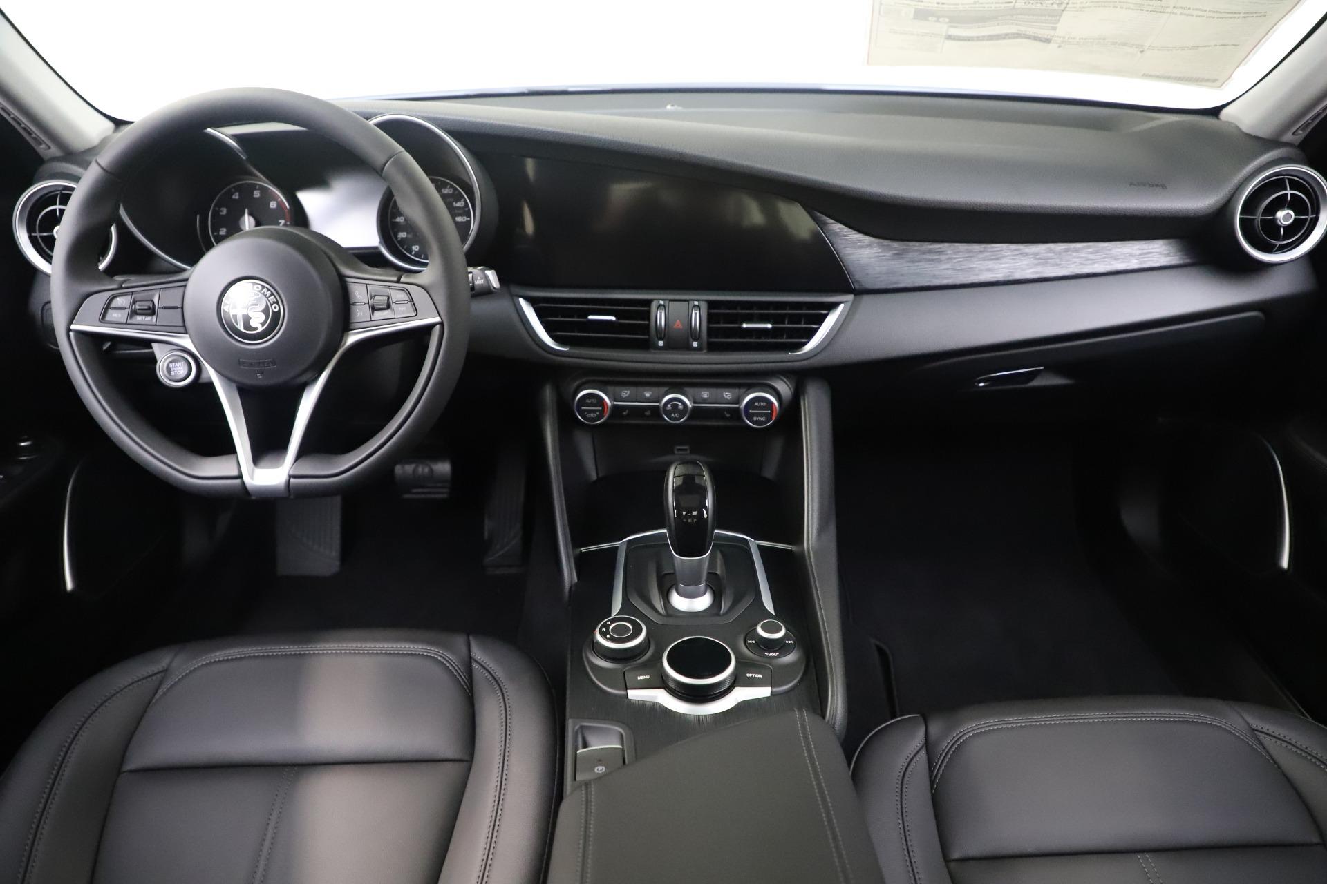 New 2019 Alfa Romeo Giulia Q4 For Sale In Greenwich, CT. Alfa Romeo of Greenwich, L602 3071_p16