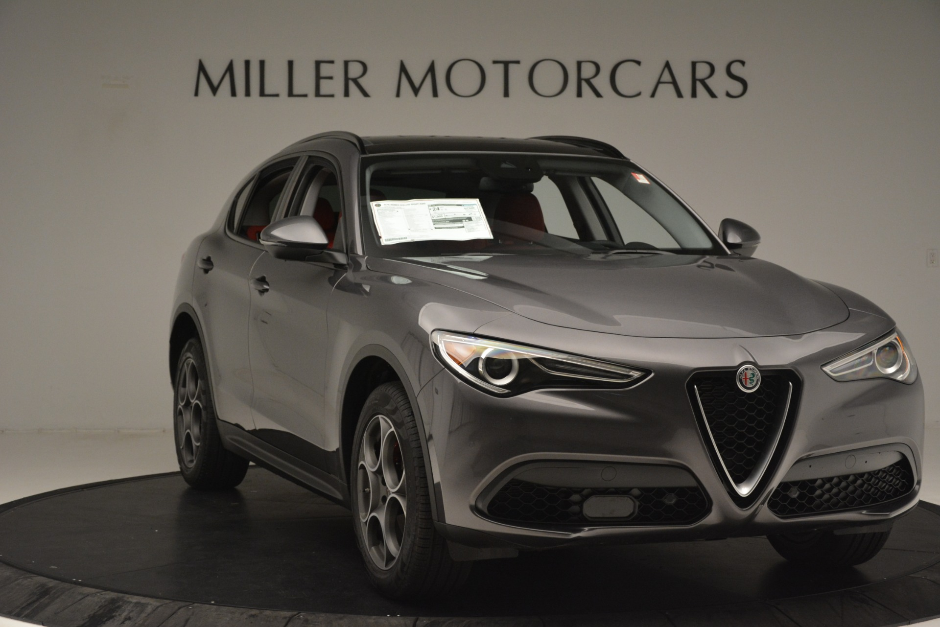 New 2019 Alfa Romeo Stelvio Sport Q4 For Sale In Greenwich, CT. Alfa Romeo of Greenwich, L606 3075_p11