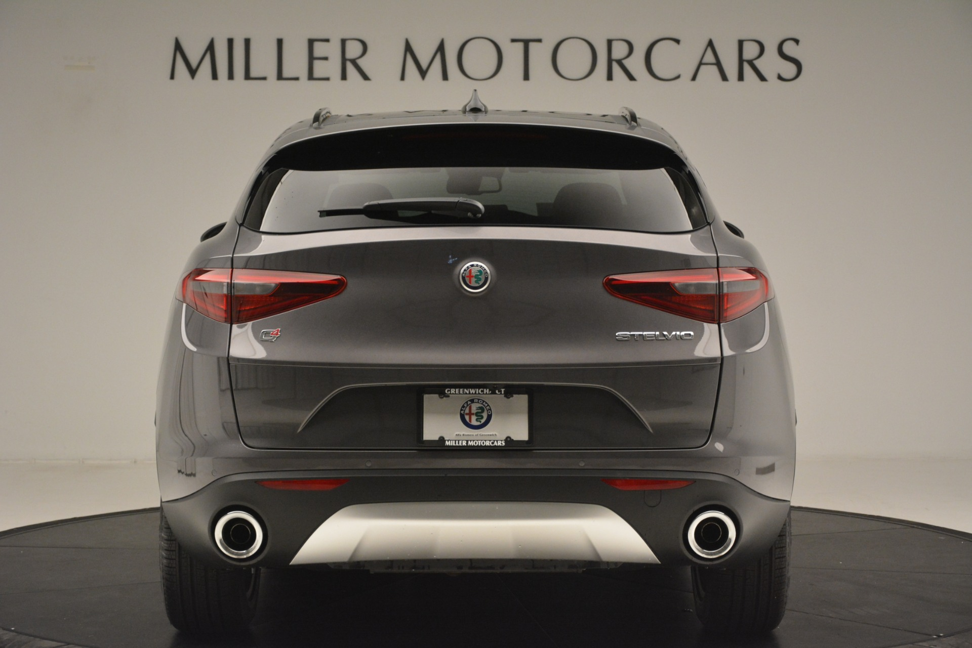 New 2019 Alfa Romeo Stelvio Sport Q4 For Sale In Greenwich, CT. Alfa Romeo of Greenwich, L606 3075_p6