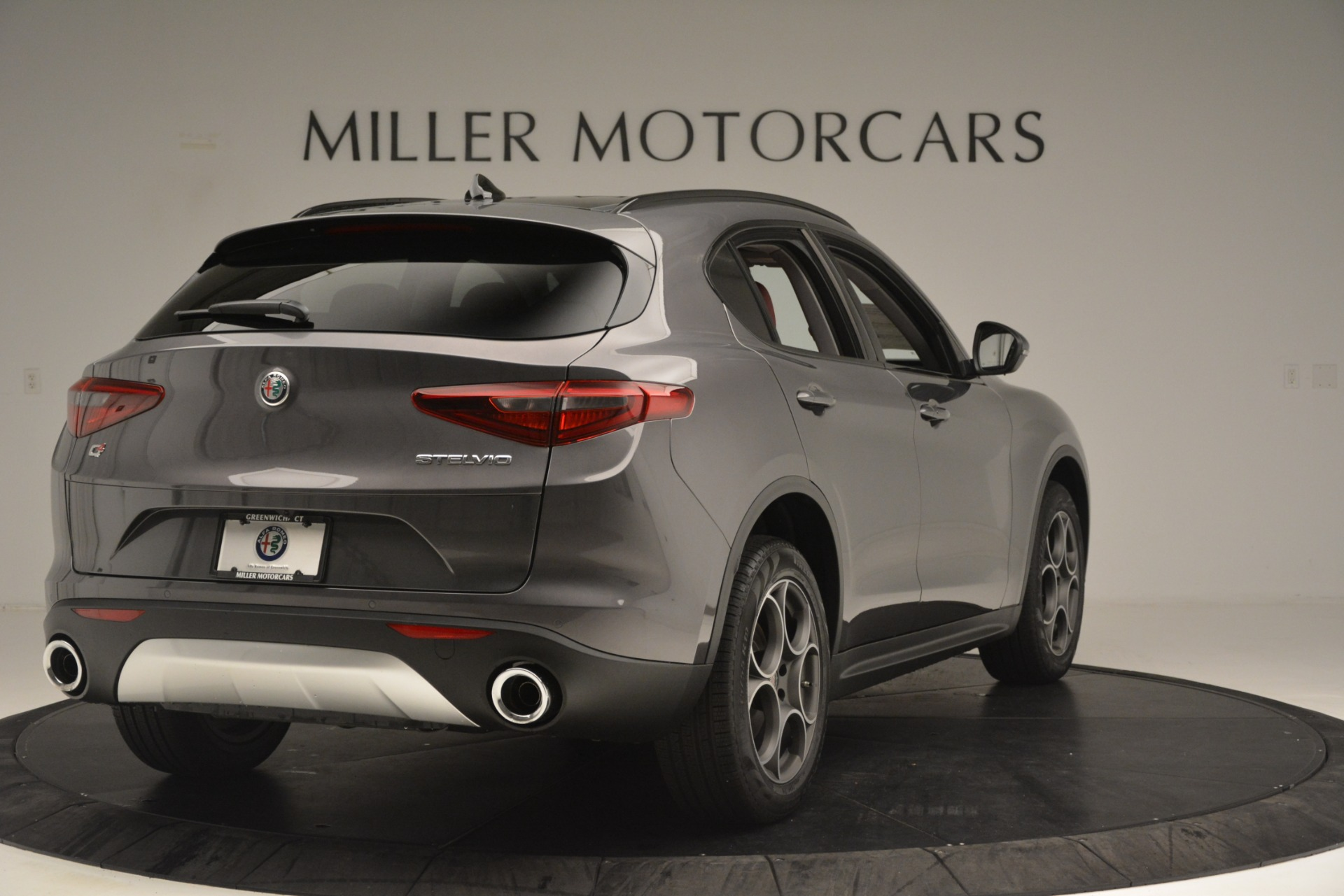 New 2019 Alfa Romeo Stelvio Sport Q4 For Sale In Greenwich, CT. Alfa Romeo of Greenwich, L606 3075_p7