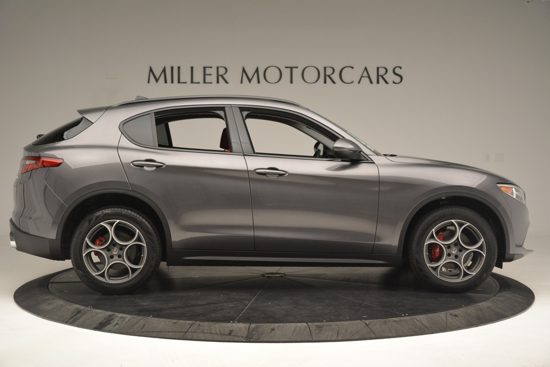 New 2019 Alfa Romeo Stelvio Sport Q4 For Sale In Greenwich, CT. Alfa Romeo of Greenwich, L606 3075_p9