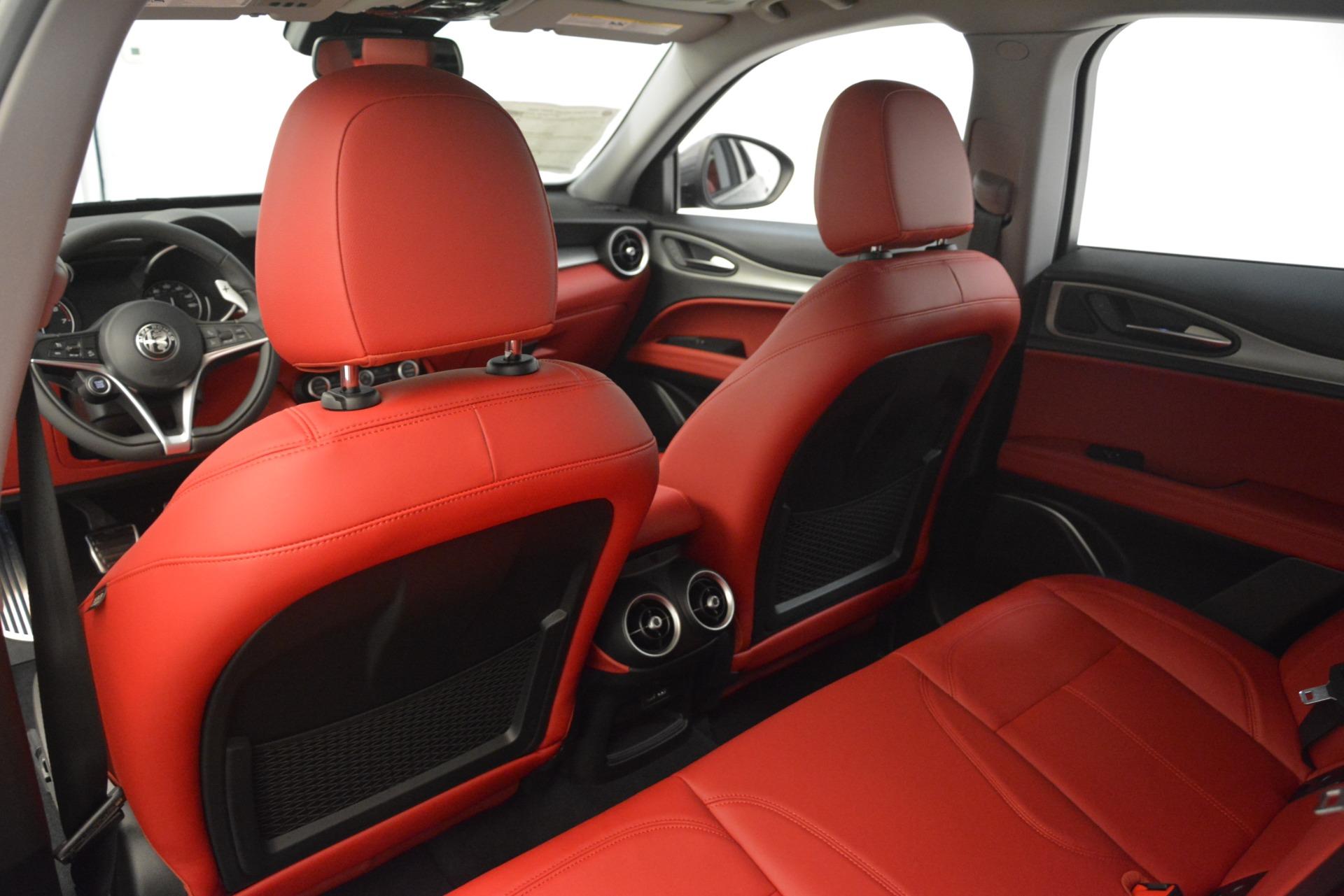 New 2019 Alfa Romeo Stelvio Sport Q4 For Sale In Greenwich, CT. Alfa Romeo of Greenwich, L607 3076_p20