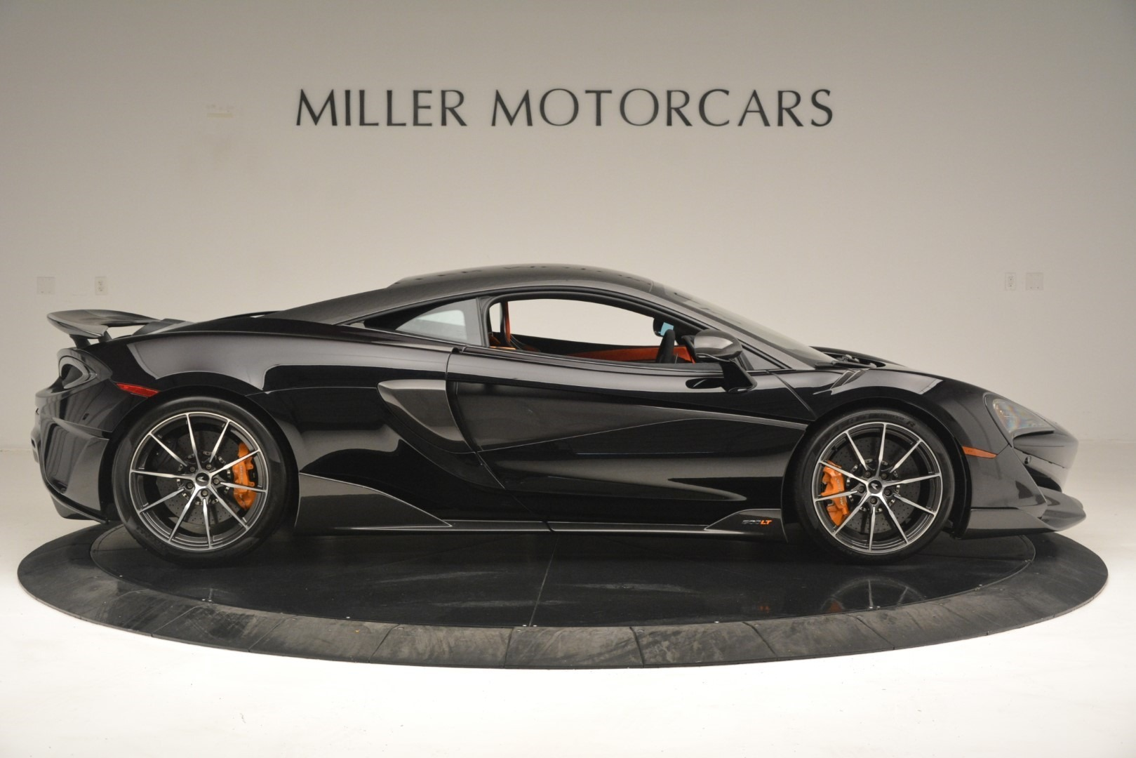 New 2019 McLaren 600LT Coupe For Sale In Greenwich, CT. Alfa Romeo of Greenwich, MC418 3081_p10