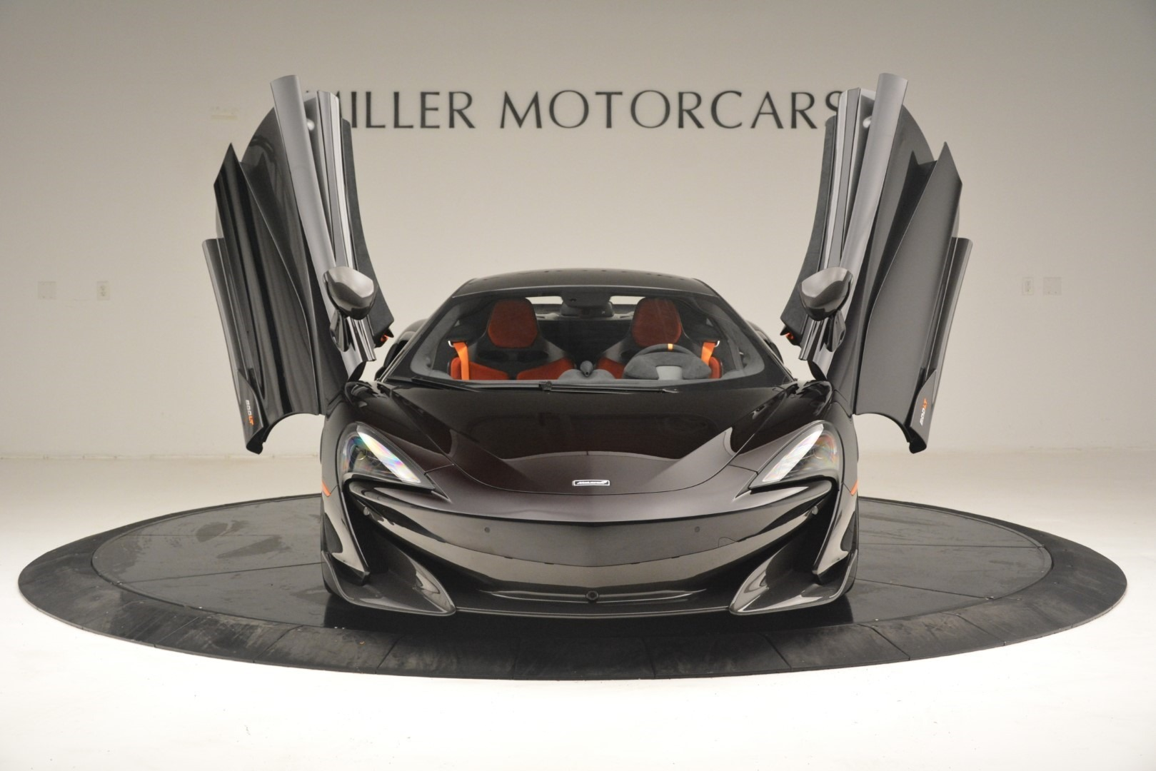 New 2019 McLaren 600LT Coupe For Sale In Greenwich, CT. Alfa Romeo of Greenwich, MC418 3081_p14