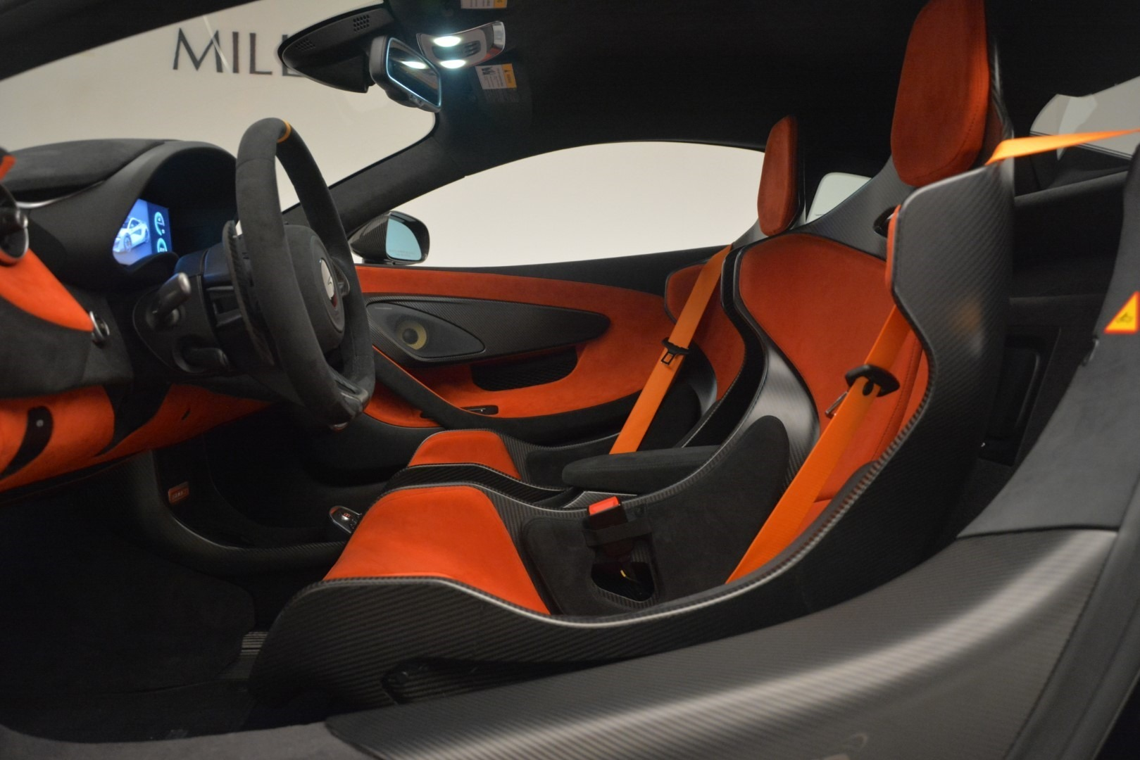 New 2019 McLaren 600LT Coupe For Sale In Greenwich, CT. Alfa Romeo of Greenwich, MC418 3081_p19