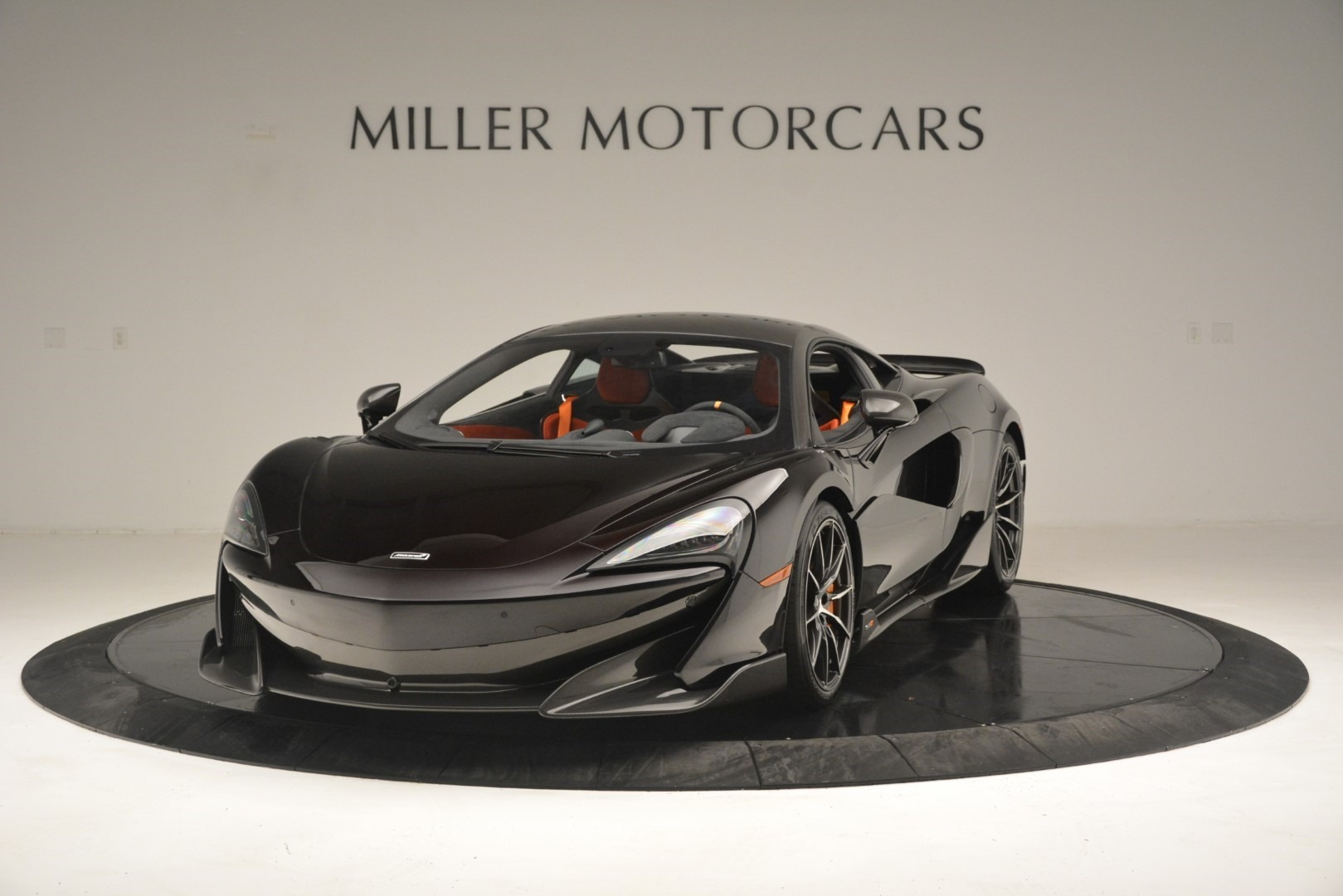 New 2019 McLaren 600LT Coupe For Sale In Greenwich, CT. Alfa Romeo of Greenwich, MC418 3081_p2