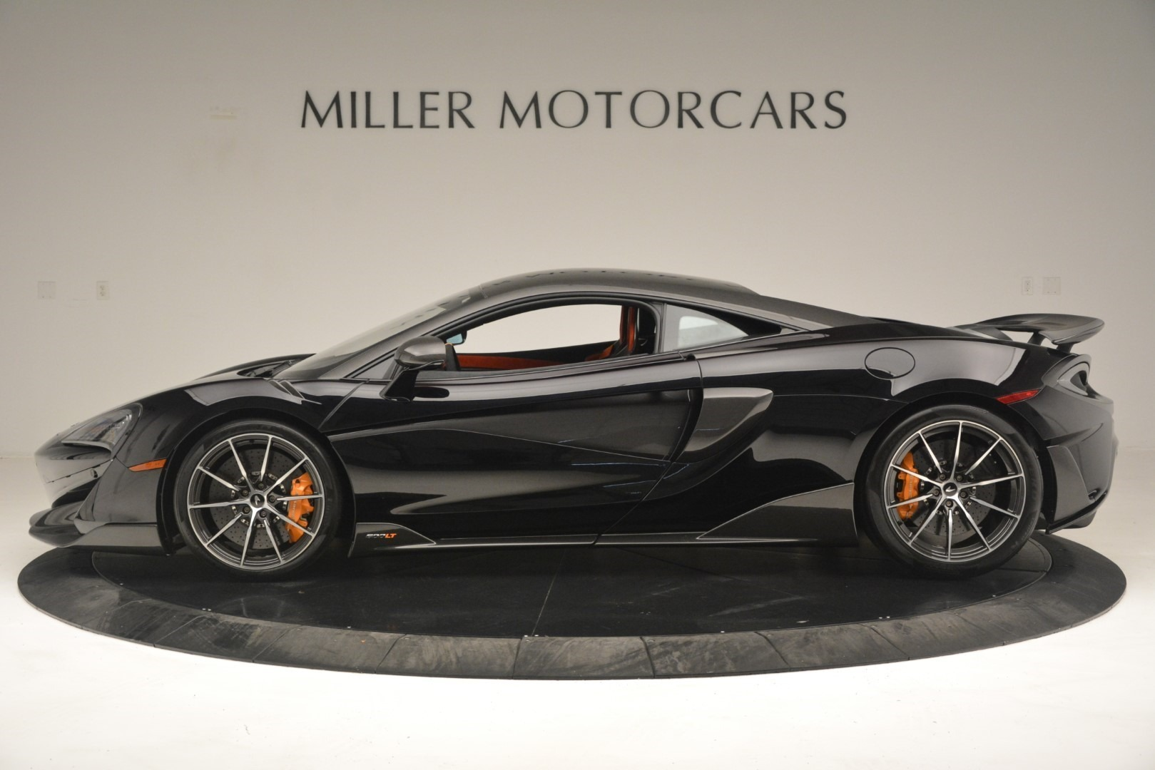 New 2019 McLaren 600LT Coupe For Sale In Greenwich, CT. Alfa Romeo of Greenwich, MC418 3081_p4