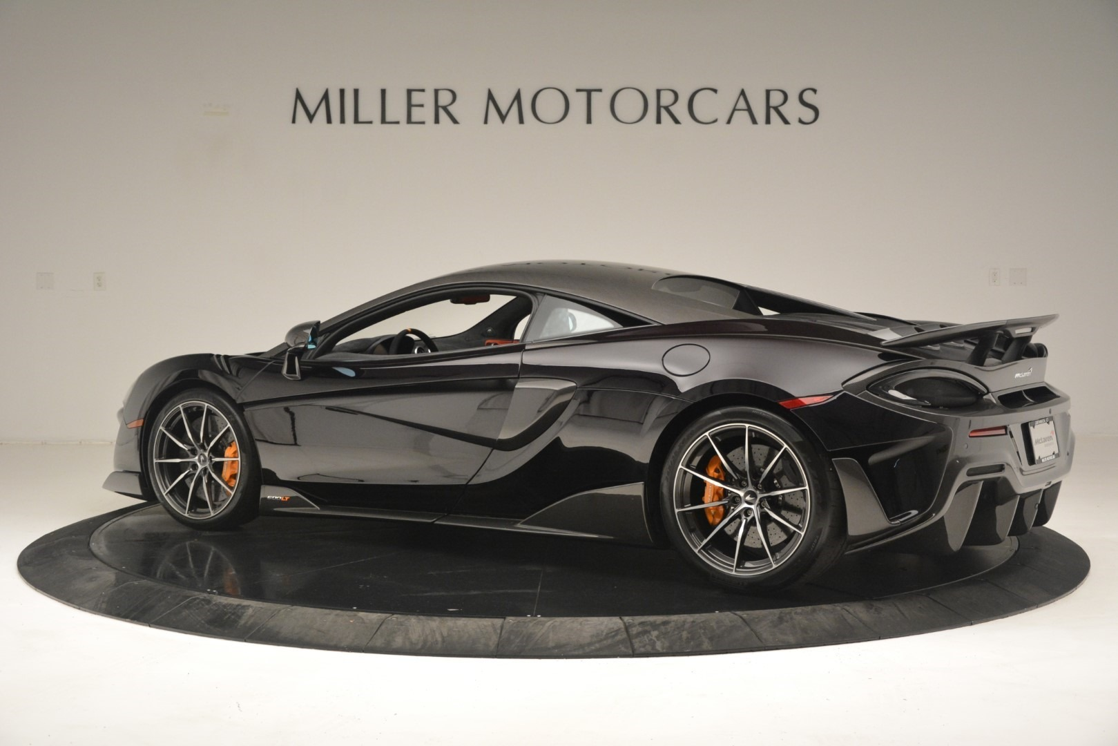 New 2019 McLaren 600LT Coupe For Sale In Greenwich, CT. Alfa Romeo of Greenwich, MC418 3081_p5