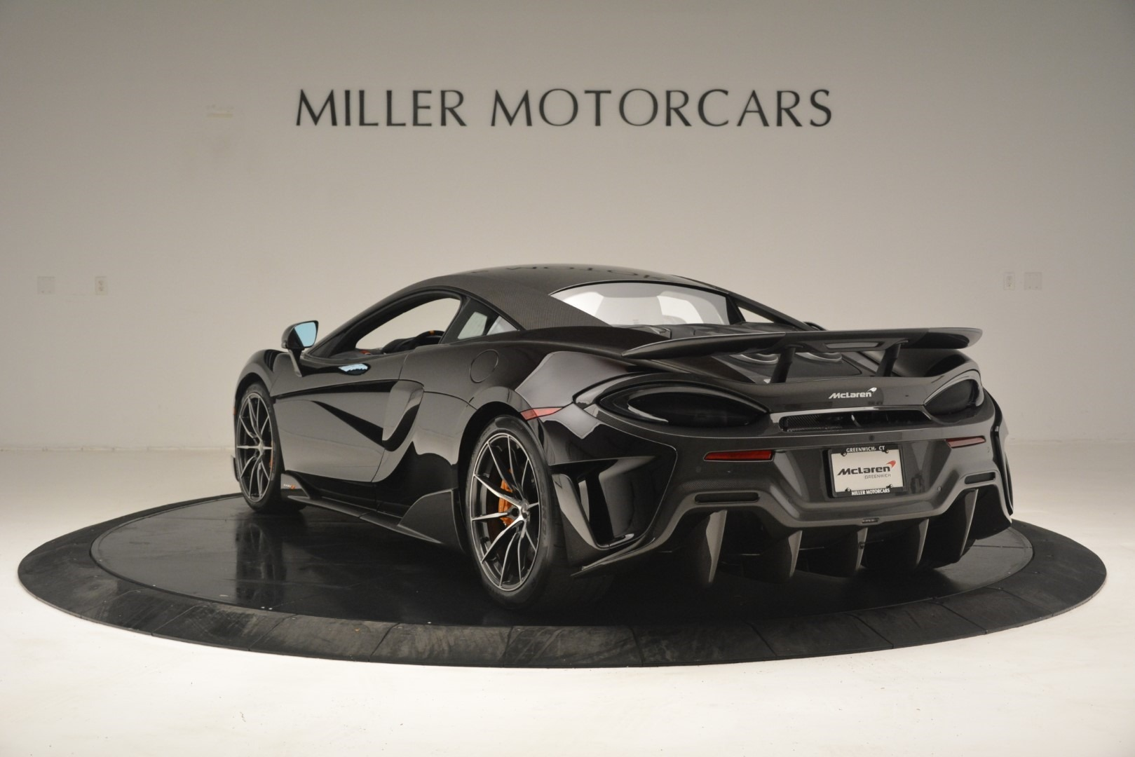 New 2019 McLaren 600LT Coupe For Sale In Greenwich, CT. Alfa Romeo of Greenwich, MC418 3081_p6
