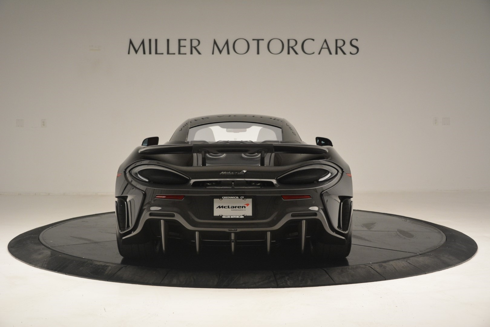 New 2019 McLaren 600LT Coupe For Sale In Greenwich, CT. Alfa Romeo of Greenwich, MC418 3081_p7