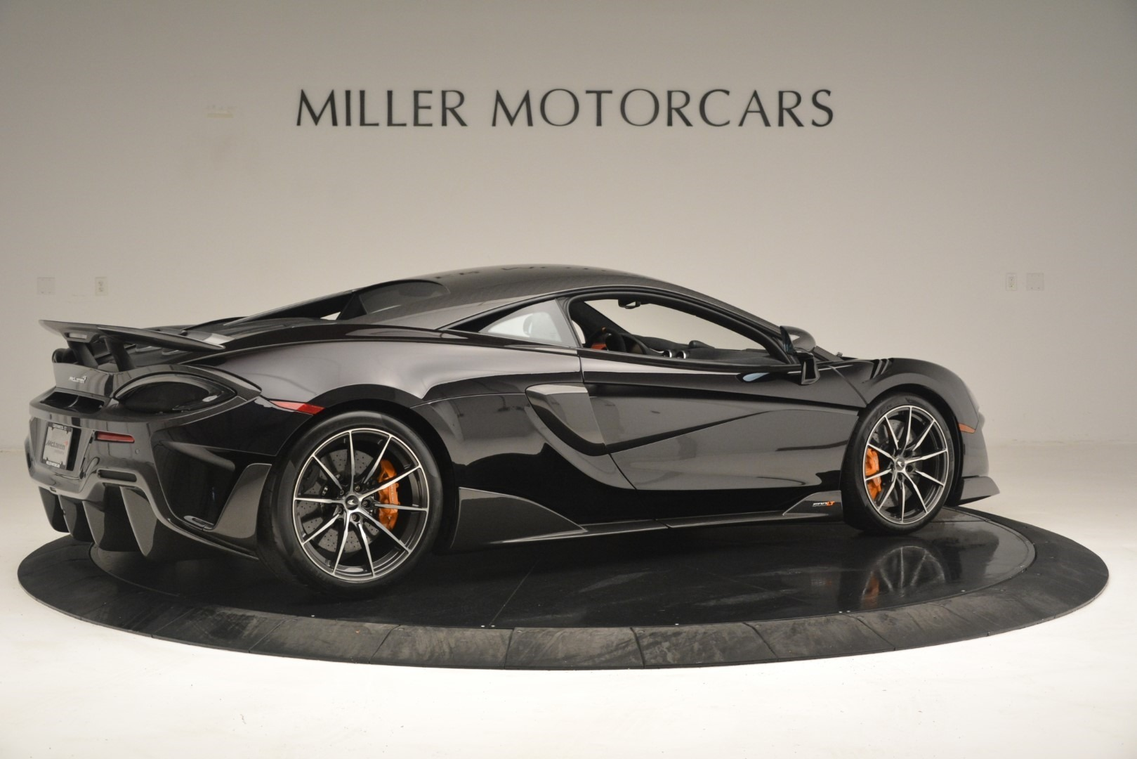 New 2019 McLaren 600LT Coupe For Sale In Greenwich, CT. Alfa Romeo of Greenwich, MC418 3081_p9