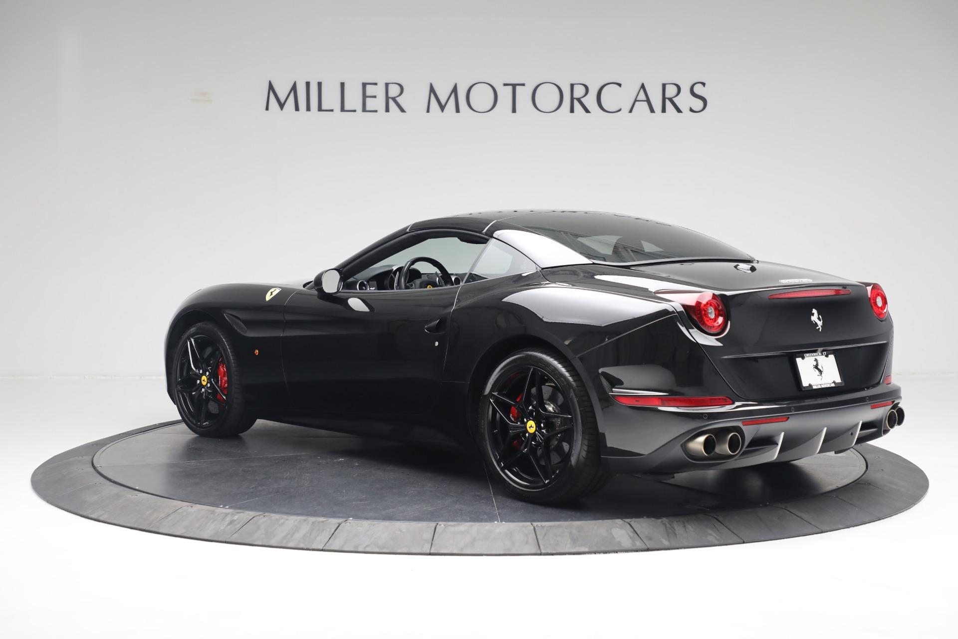Used 2016 Ferrari California T  For Sale In Greenwich, CT. Alfa Romeo of Greenwich, F1943A 3082_p15