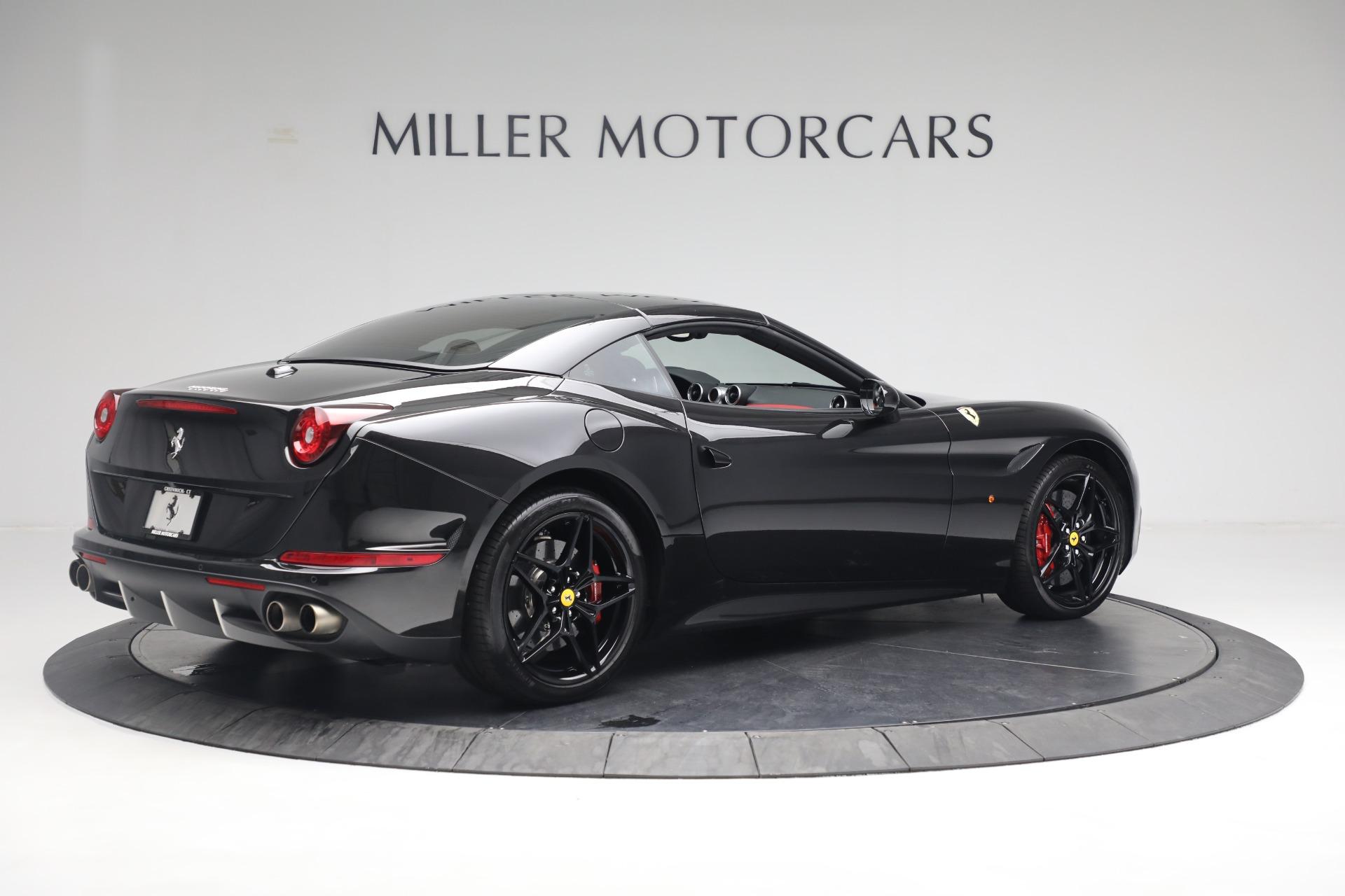 Used 2016 Ferrari California T  For Sale In Greenwich, CT. Alfa Romeo of Greenwich, F1943A 3082_p16