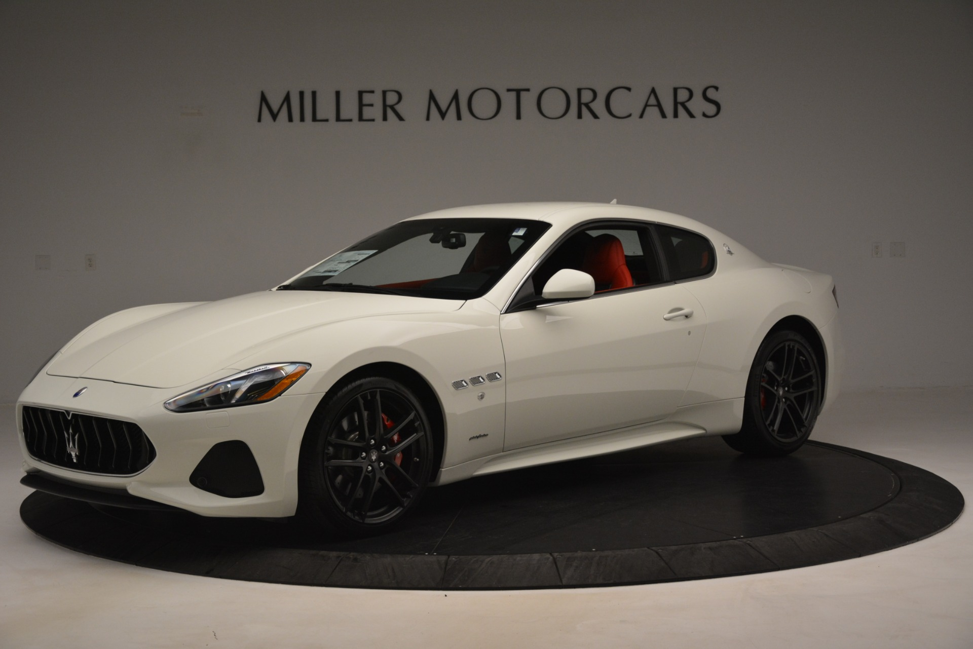 New 2018 Maserati GranTurismo Sport For Sale In Greenwich, CT. Alfa Romeo of Greenwich, W680 3083_p2