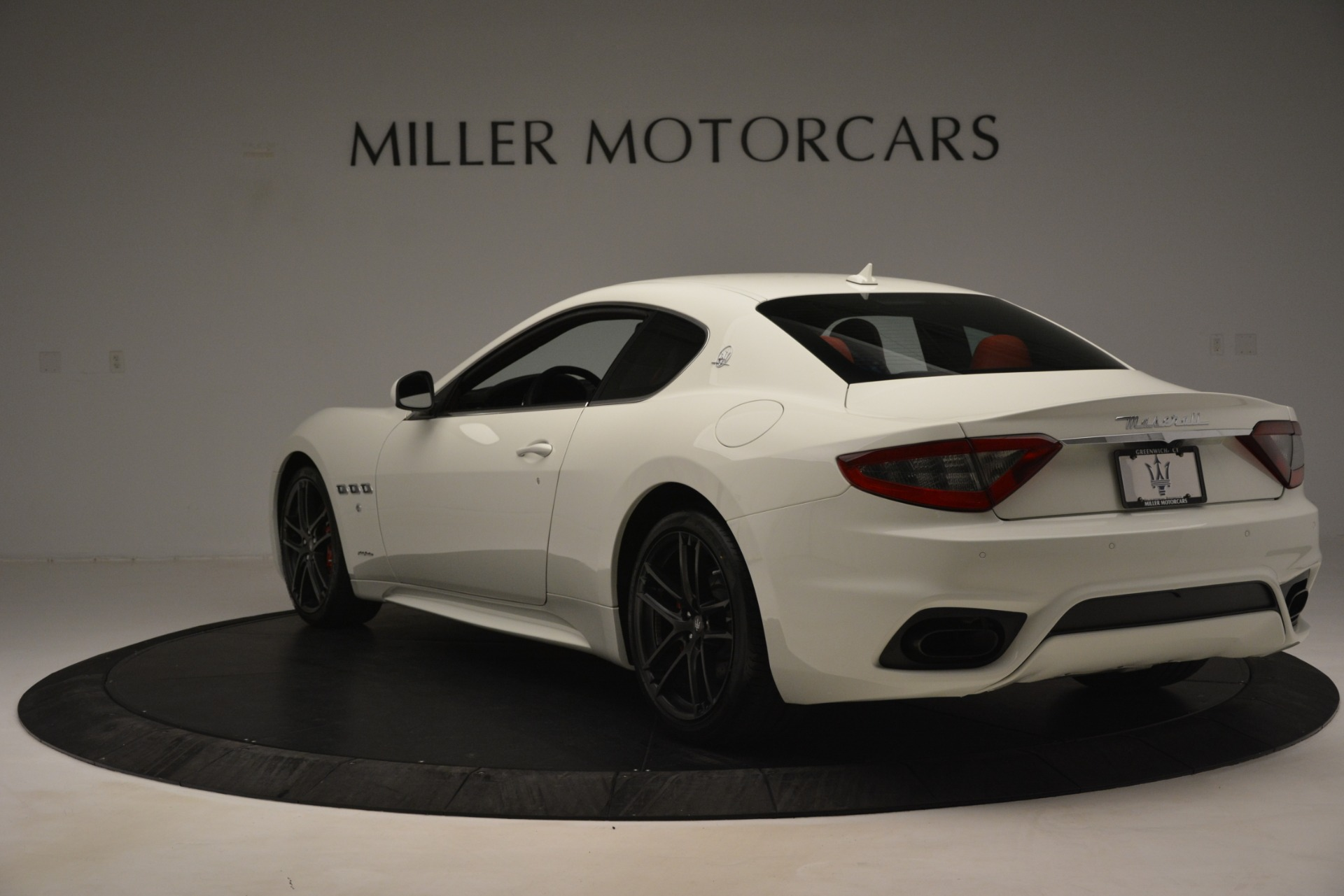 New 2018 Maserati GranTurismo Sport For Sale In Greenwich, CT. Alfa Romeo of Greenwich, W680 3083_p5