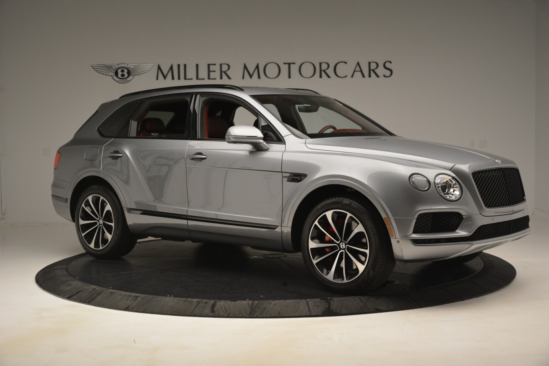 New 2019 Bentley Bentayga V8 For Sale In Greenwich, CT. Alfa Romeo of Greenwich, 7546 3084_p10