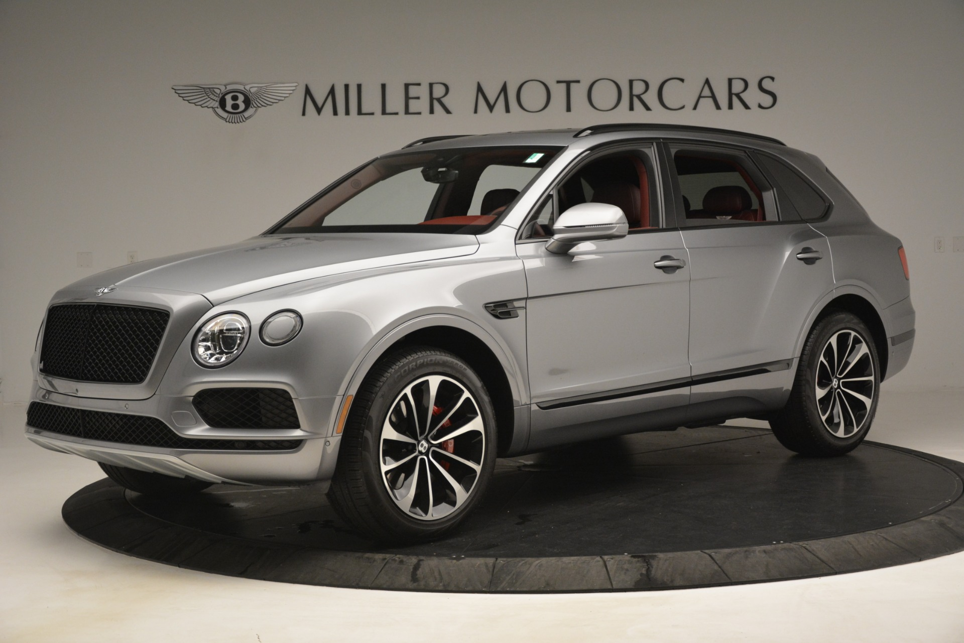 New 2019 Bentley Bentayga V8 For Sale In Greenwich, CT. Alfa Romeo of Greenwich, 7546 3084_p2
