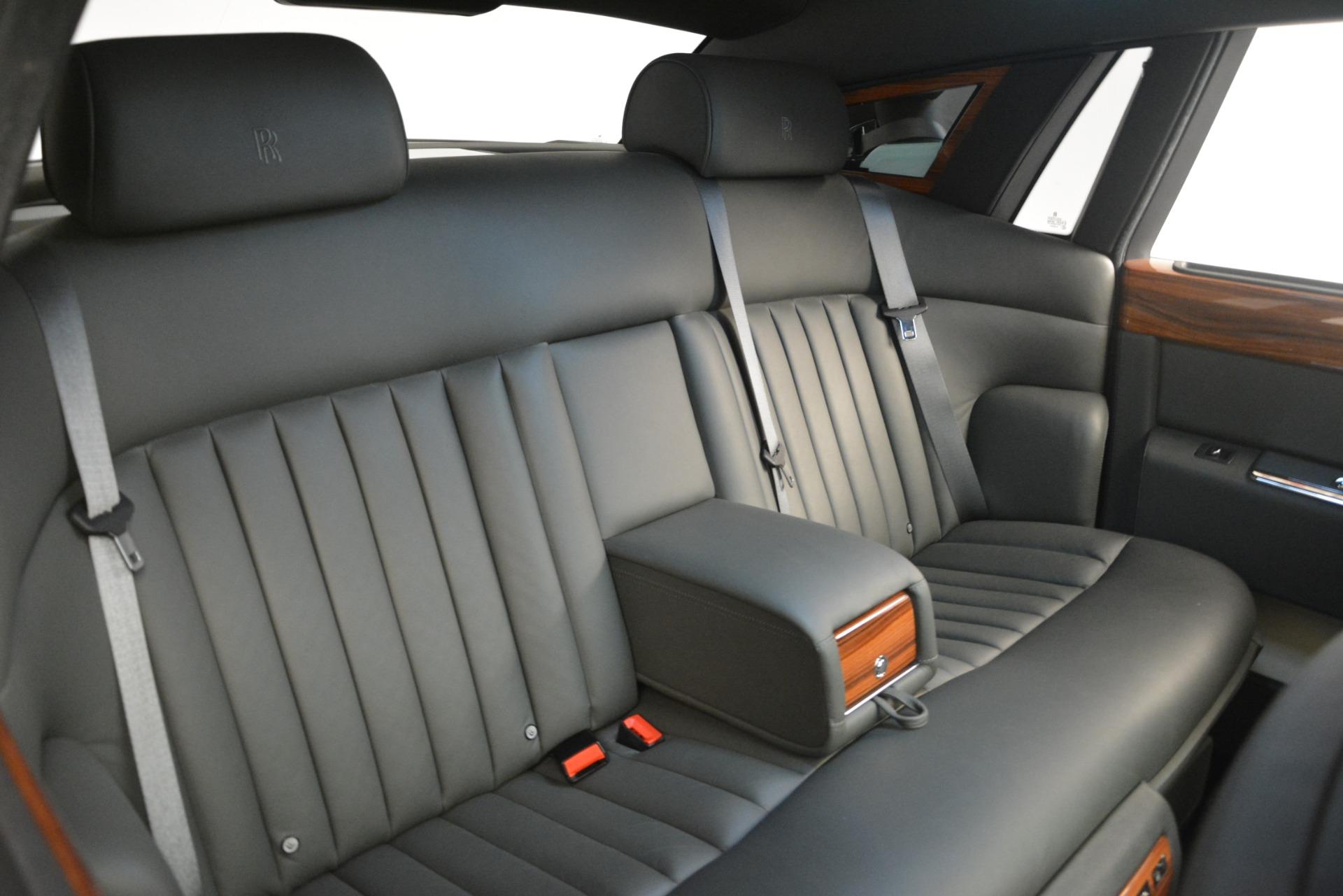 Used 2007 Rolls-Royce Phantom  For Sale In Greenwich, CT. Alfa Romeo of Greenwich, R483A 3089_p20