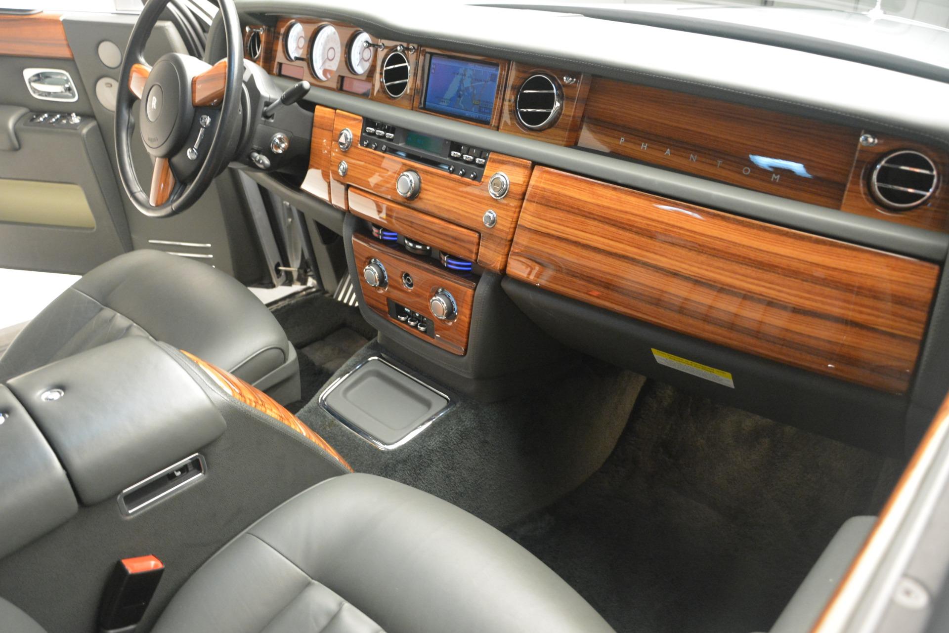 Used 2007 Rolls-Royce Phantom  For Sale In Greenwich, CT. Alfa Romeo of Greenwich, R483A 3089_p22