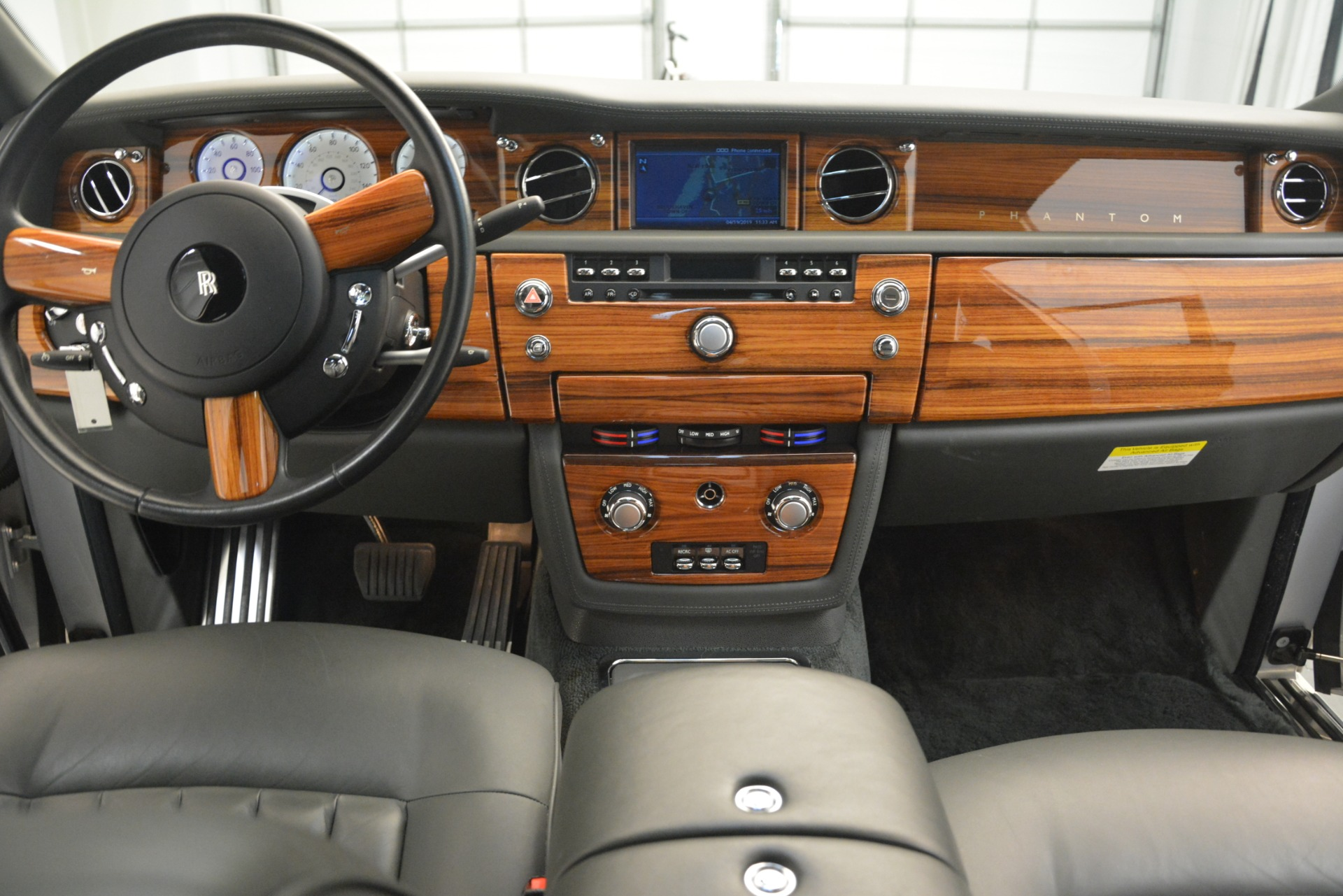 Used 2007 Rolls-Royce Phantom  For Sale In Greenwich, CT. Alfa Romeo of Greenwich, R483A 3089_p23