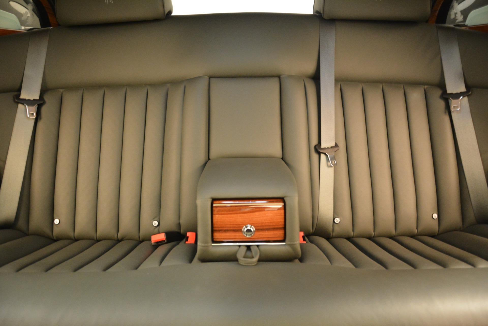 Used 2007 Rolls-Royce Phantom  For Sale In Greenwich, CT. Alfa Romeo of Greenwich, R483A 3089_p24